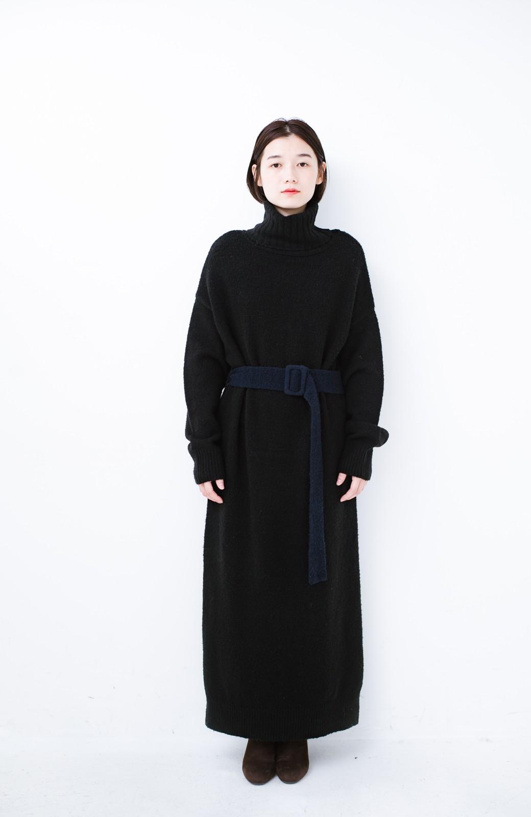 haco! <高橋愛さんコラボ>ラブ&ピースプロジェクト 配色ベルトのタートルニットロングワンピース <ブラック>の商品写真9