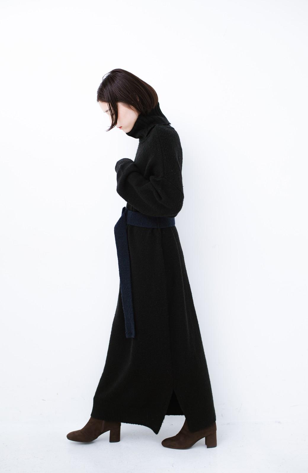 haco! <高橋愛さんコラボ>ラブ&ピースプロジェクト 配色ベルトのタートルニットロングワンピース <ブラック>の商品写真17