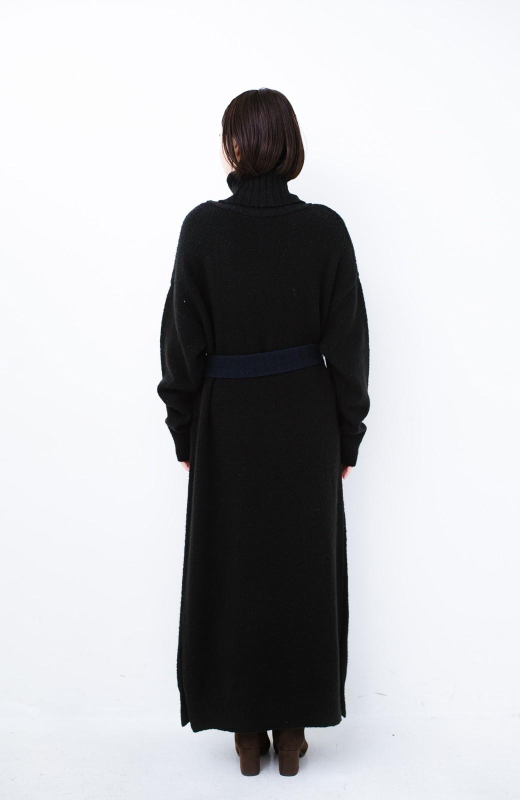haco! <高橋愛さんコラボ>ラブ&ピースプロジェクト 配色ベルトのタートルニットロングワンピース <ブラック>の商品写真18