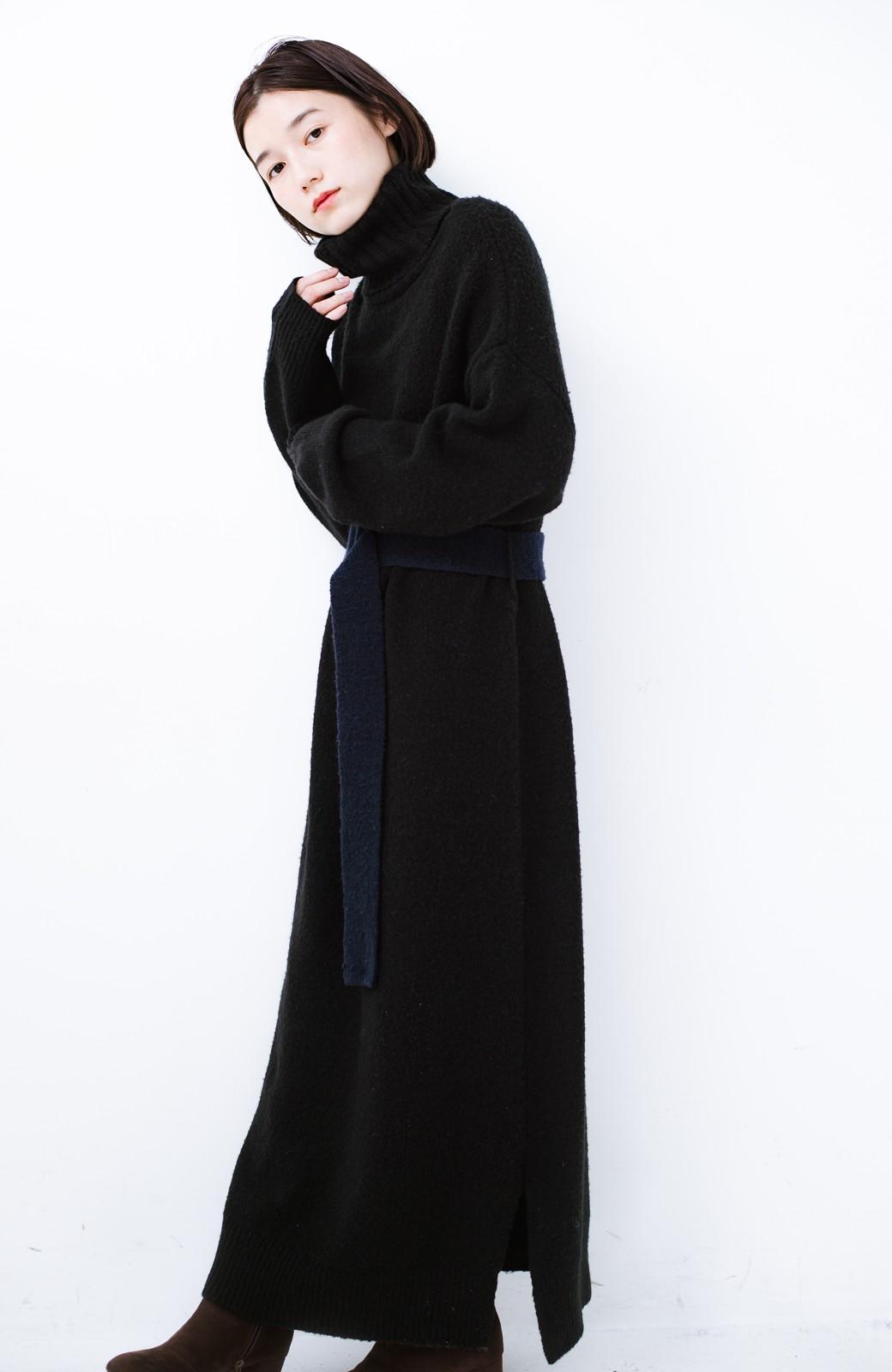 haco! <高橋愛さんコラボ>ラブ&ピースプロジェクト 配色ベルトのタートルニットロングワンピース <ブラック>の商品写真19