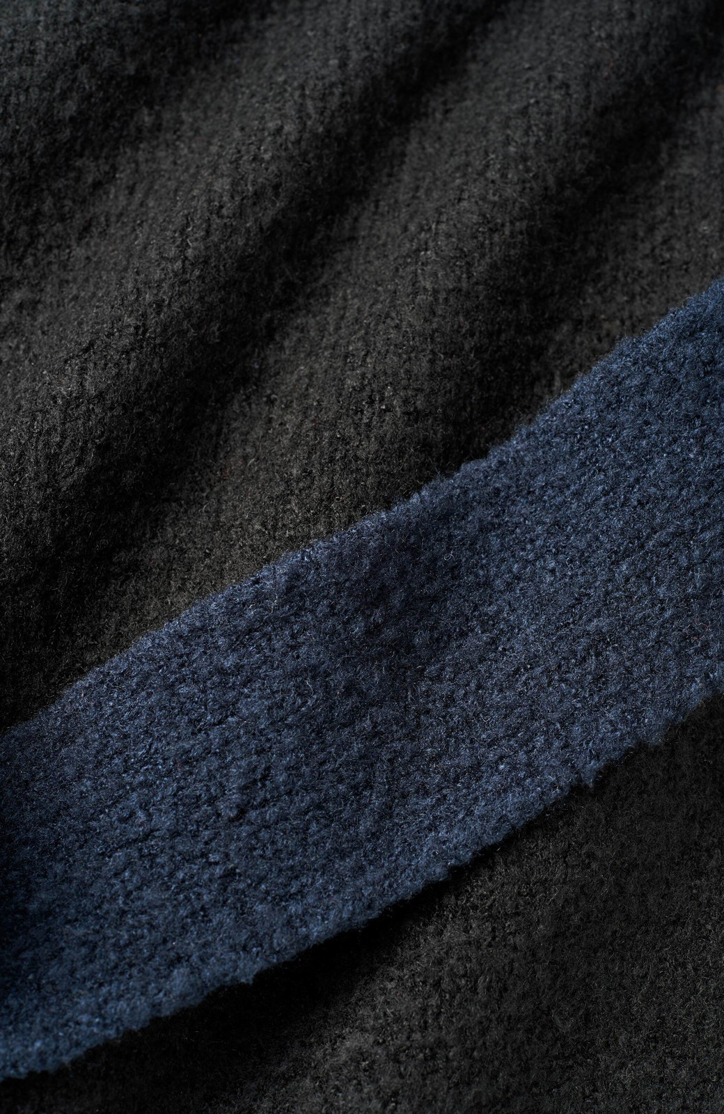 haco! <高橋愛さんコラボ>ラブ&ピースプロジェクト 配色ベルトのタートルニットロングワンピース <ブラック>の商品写真3