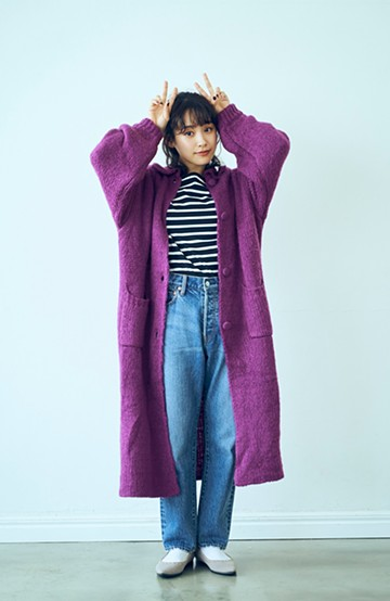 haco! <高橋愛さんコラボ>ラブ&ピースプロジェクト ふわふわニット素材のロングコーディガン <パープル>の商品写真
