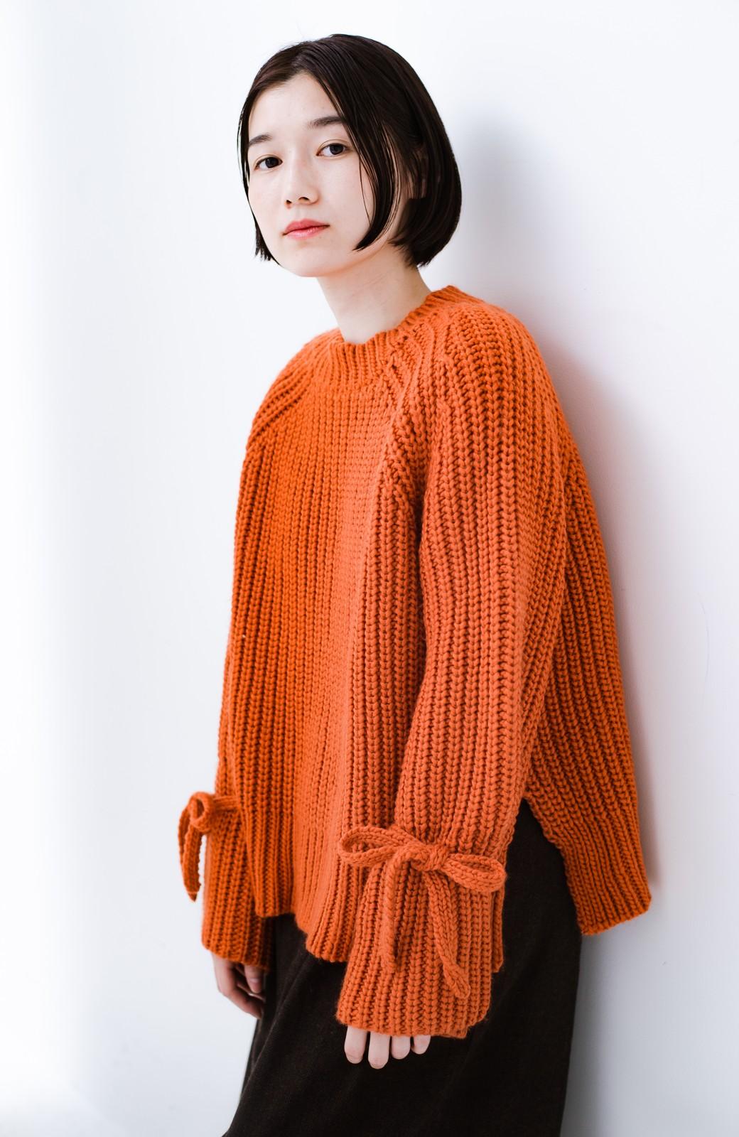 haco! <スザンヌさんコラボ>ラブ&ピースプロジェクト 袖リボンポイントの片畦編みニットトップス <オレンジ>の商品写真11