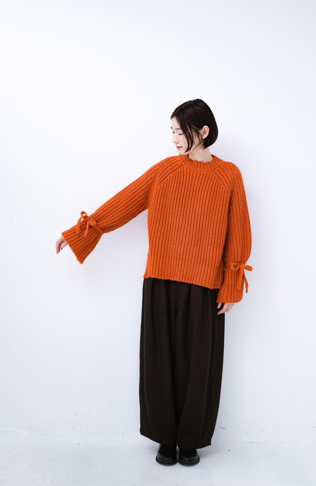 haco! <スザンヌさんコラボ>ラブ&ピースプロジェクト 袖リボンポイントの片畦編みニットトップス <オレンジ>の商品写真18