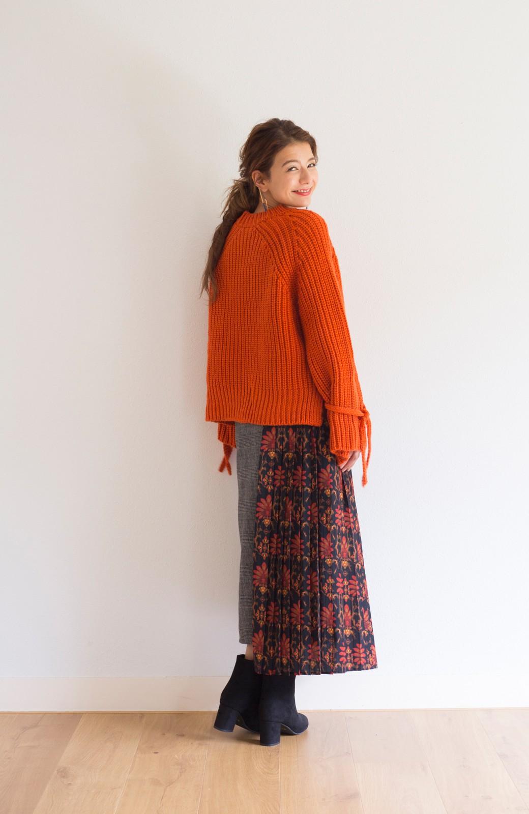 haco! <スザンヌさんコラボ>ラブ&ピースプロジェクト 袖リボンポイントの片畦編みニットトップス <オレンジ>の商品写真8