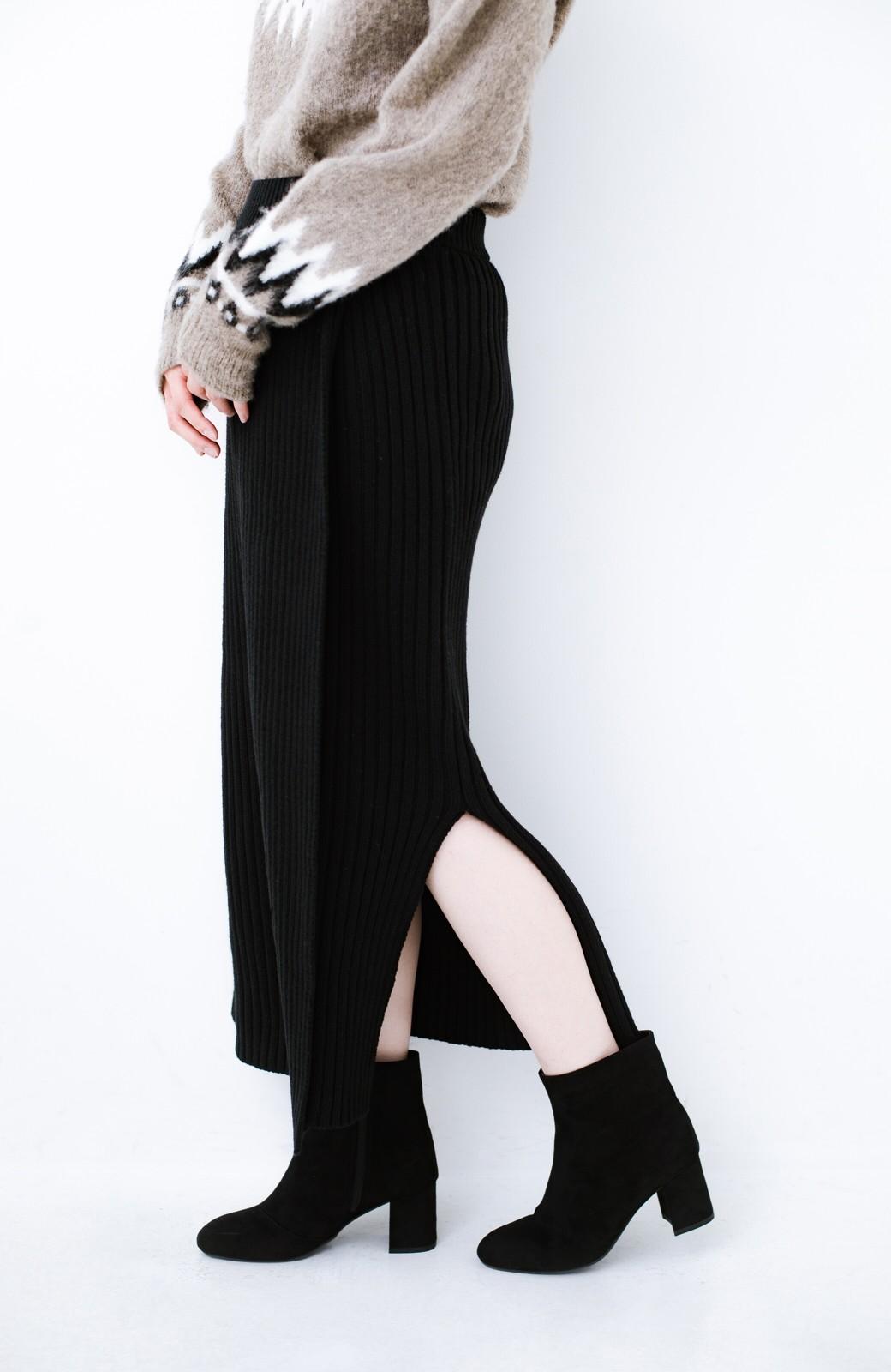 haco! カジュアルに合わせてもオンナっぽさを忘れないロングニットスカート by MAKORI <ブラック>の商品写真1