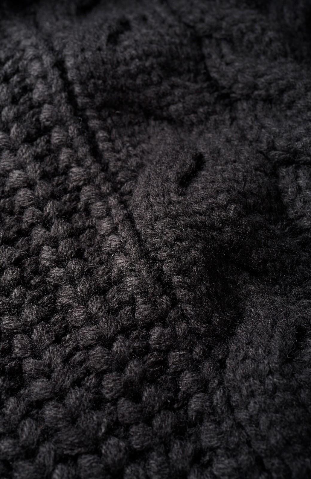 haco! 着るだけで完成するケーブル編みニットセットアップ <ブラック>の商品写真4