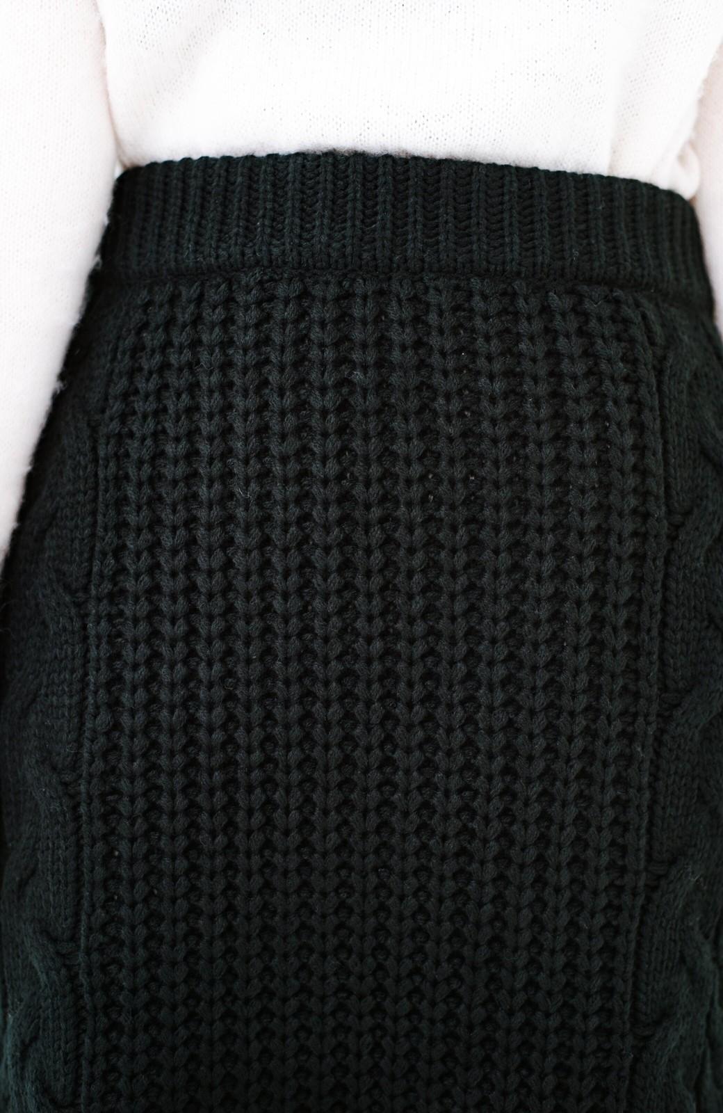haco! 着るだけで完成するケーブル編みニットセットアップ <ブラック>の商品写真25