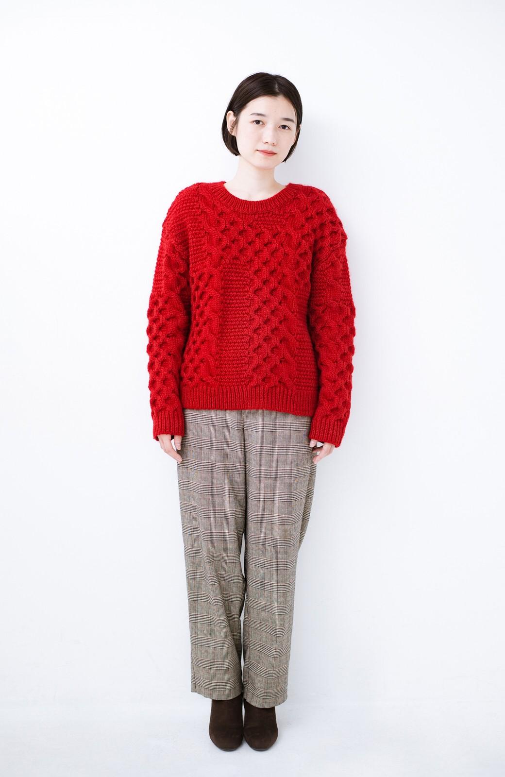 haco! 古着っぽい雰囲気がこなれたパネル編みケーブルニット <レッド>の商品写真6