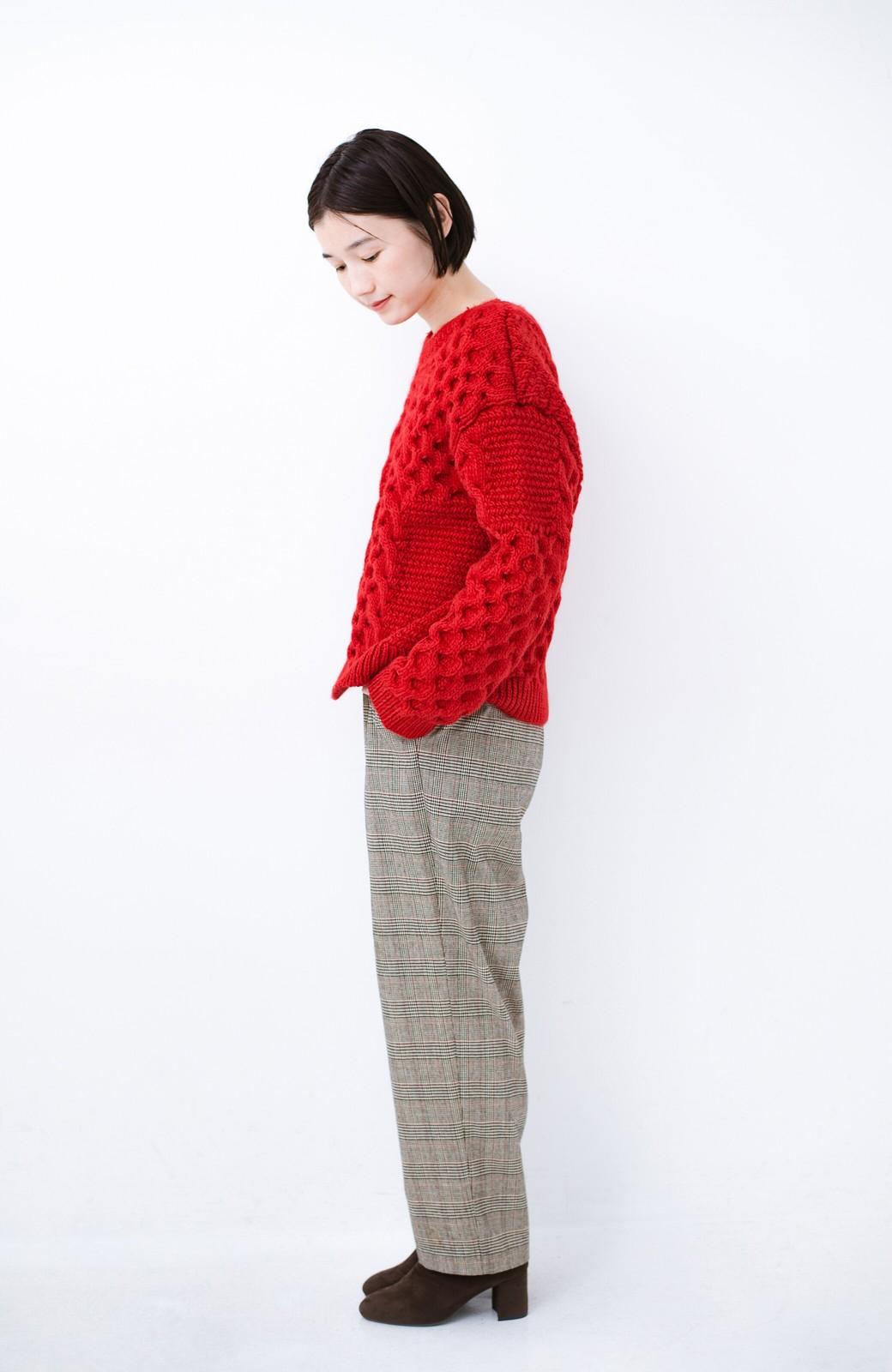 haco! 古着っぽい雰囲気がこなれたパネル編みケーブルニット <レッド>の商品写真9