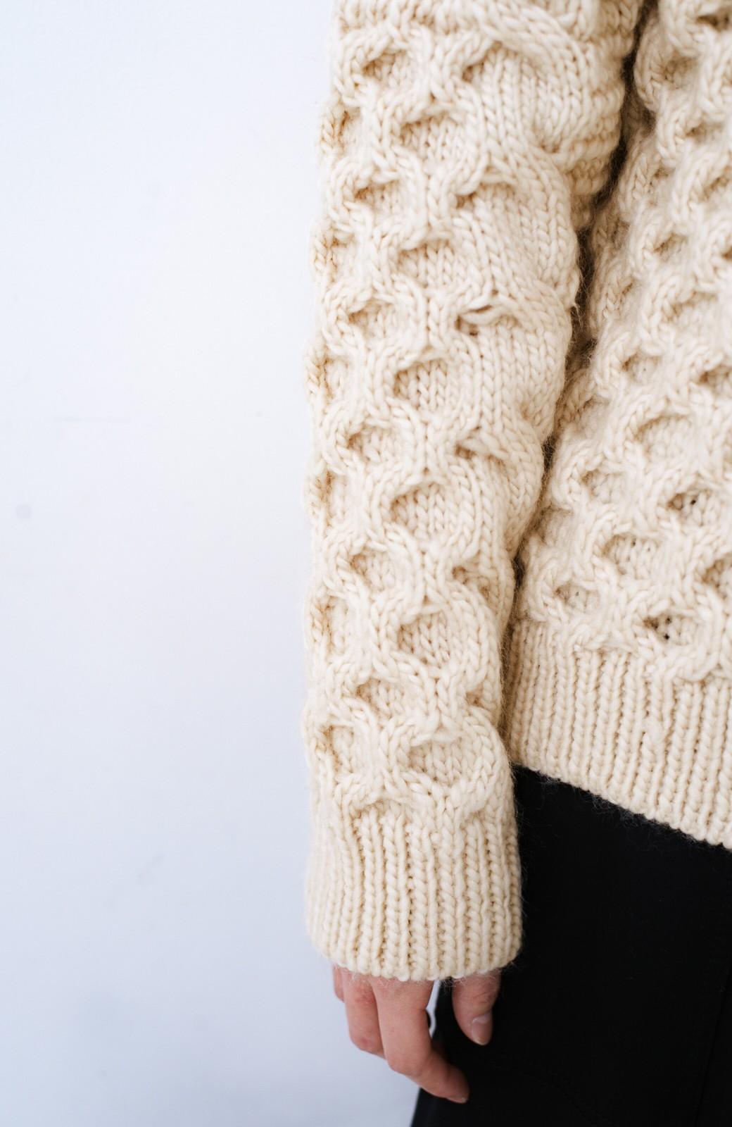 haco! 古着っぽい雰囲気がこなれたパネル編みケーブルニット <アイボリー>の商品写真5