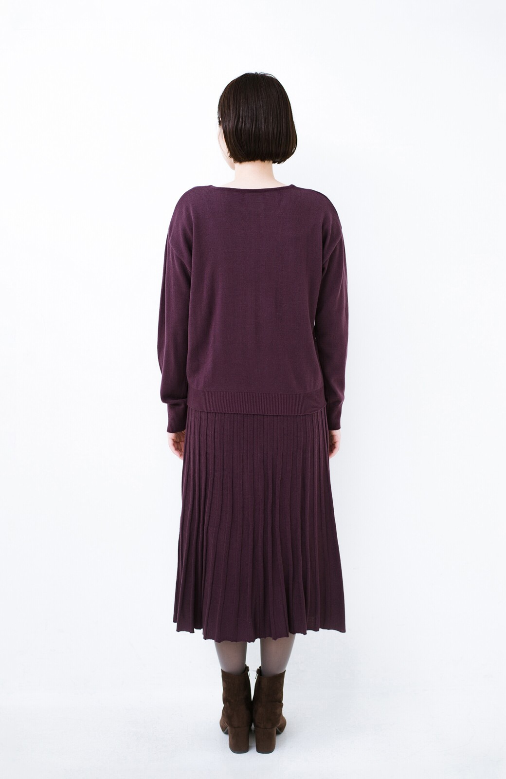 haco! 寝坊した朝でも安心!パッと着るだけでコーデが完成する女っぽニットアップ <パープル>の商品写真18