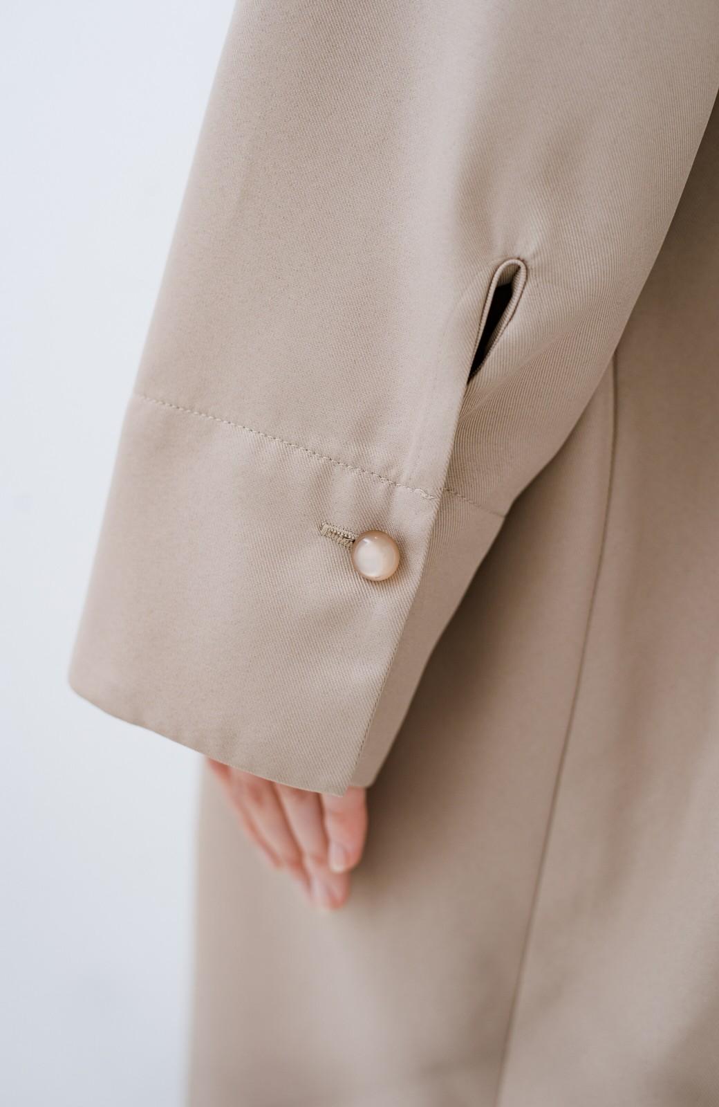 haco! 大人きれいに見せつつちゃっかりラクチン 重ね着にも便利なVネックゆったりワンピース <ベージュ>の商品写真6