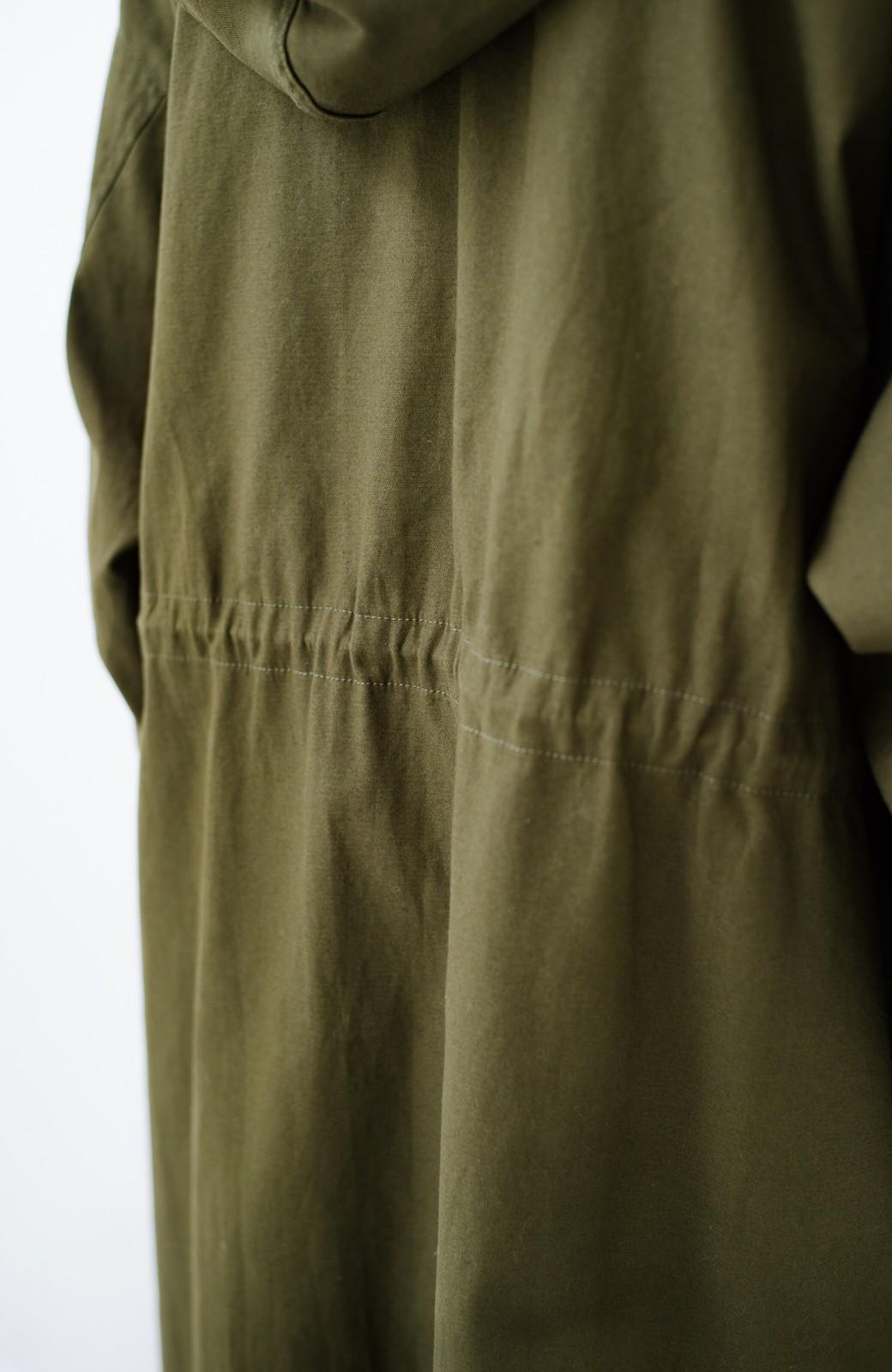 haco! ニットにもTシャツにも合う ロングシーズン着回せるミリタリービッグコート <カーキ>の商品写真7