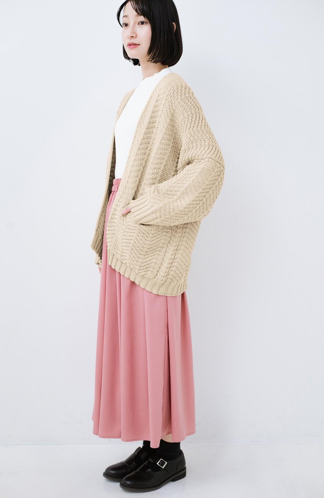 haco! パッと羽織るだけでいつものコーデがぐんとかわいくなれる! 柄編みニットカーディガン <ベージュ>の商品写真7