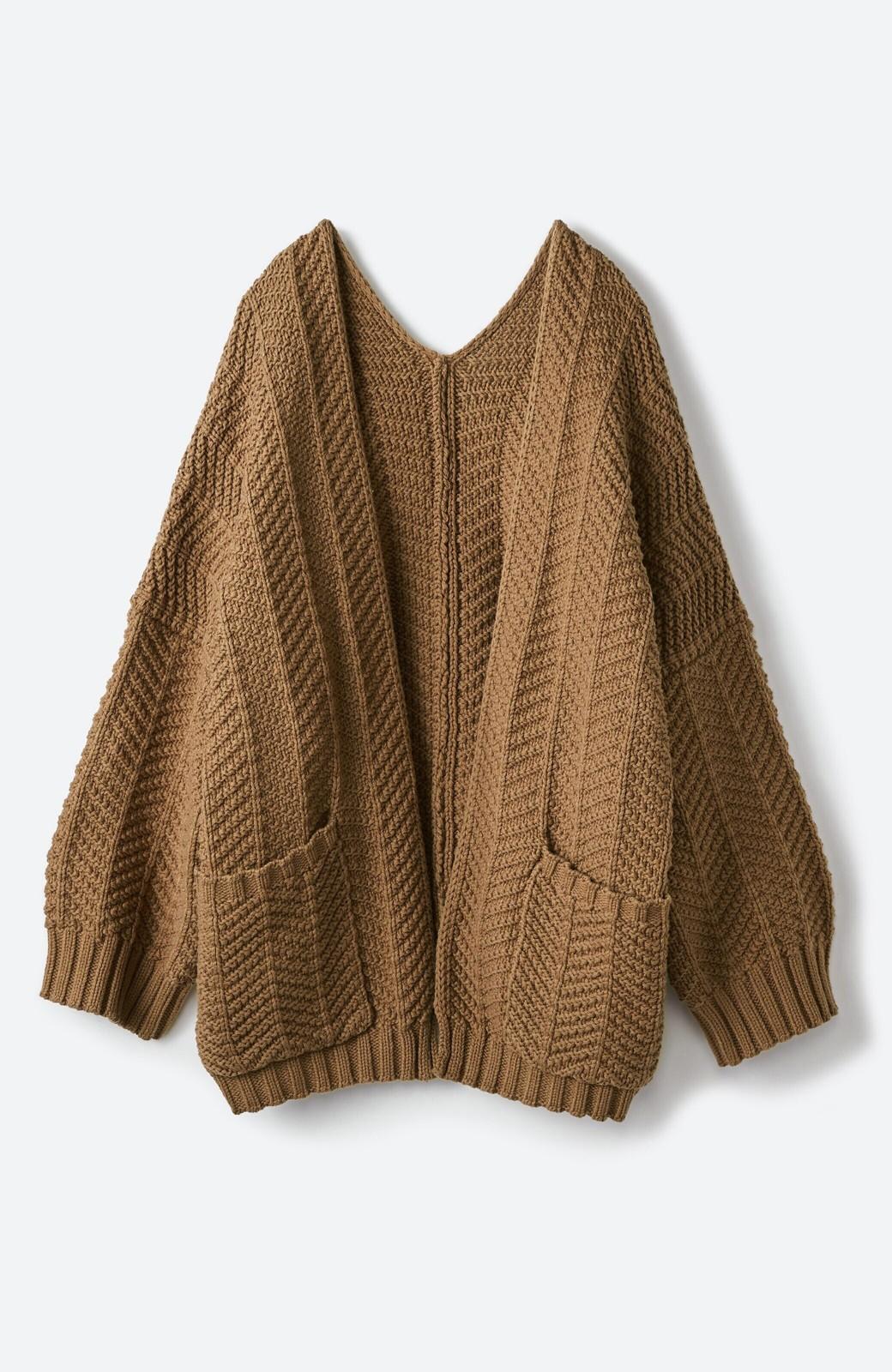 haco! パッと羽織るだけでいつものコーデがぐんとかわいくなれる! 柄編みニットカーディガン <ライトブラウン>の商品写真1