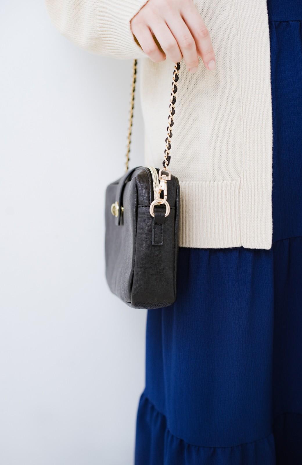 haco! 結婚式や二次会にも便利なお財布機能付きショルダーバッグ <ブラック>の商品写真4