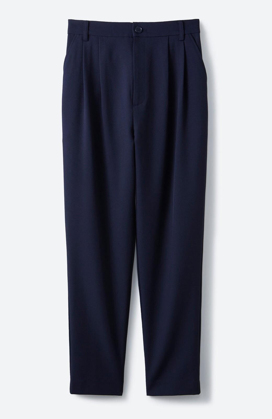 haco! 持っていると便利な野暮ったくならないフォーマルジャケット・パンツの2点セット <ネイビー>の商品写真3