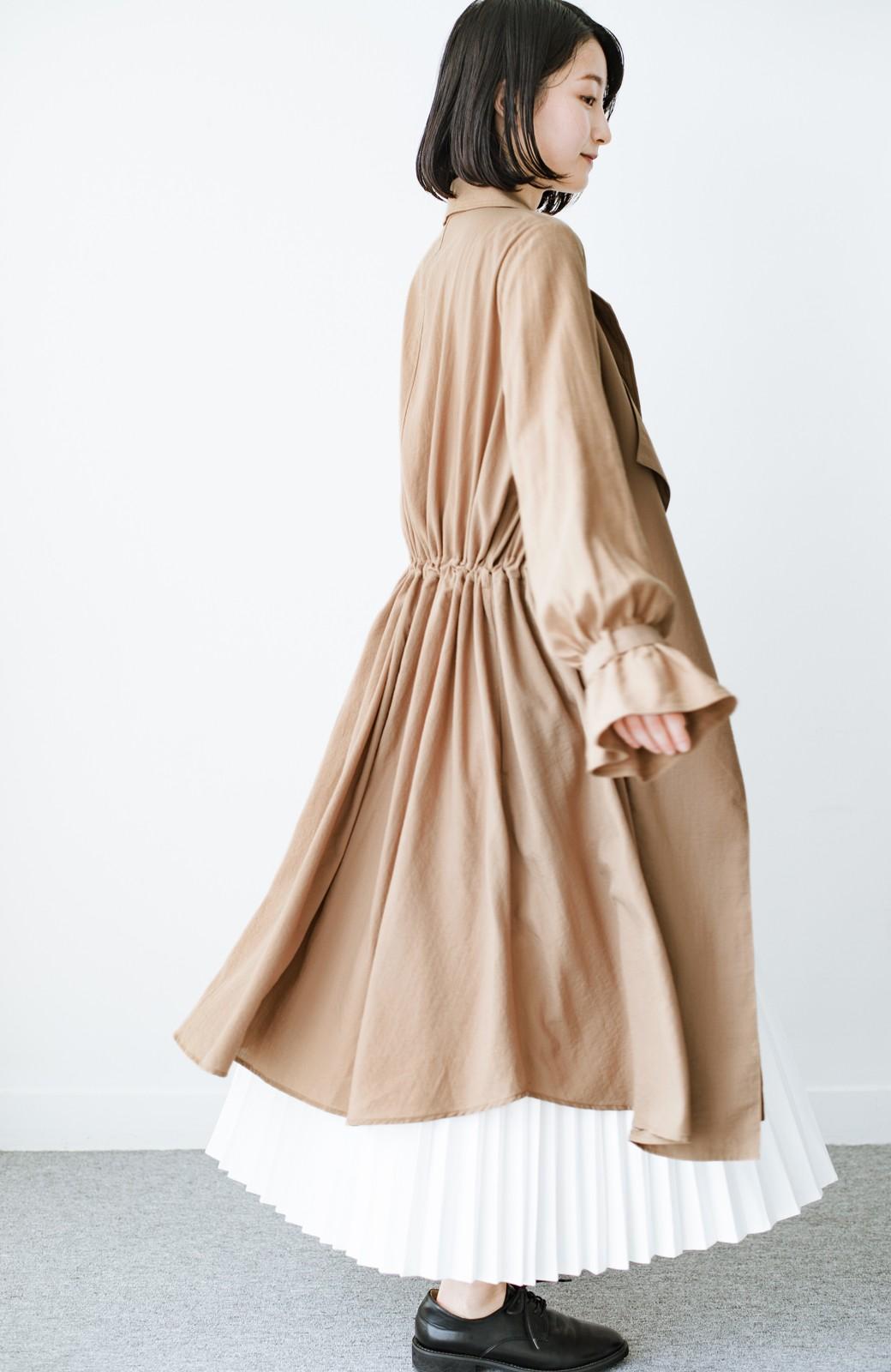 haco! パッと羽織るだけで今っぽ&女っぽが叶う 異素材づかいのロングコート <ベージュ>の商品写真11