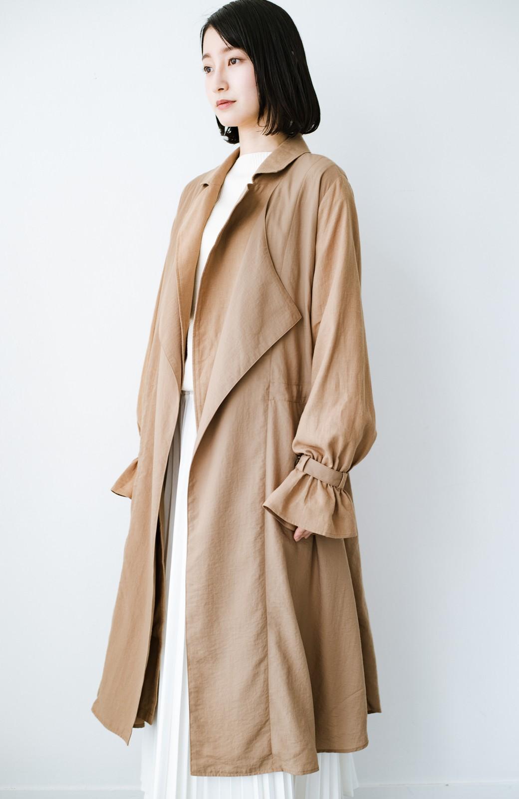 haco! パッと羽織るだけで今っぽ&女っぽが叶う 異素材づかいのロングコート <ベージュ>の商品写真14