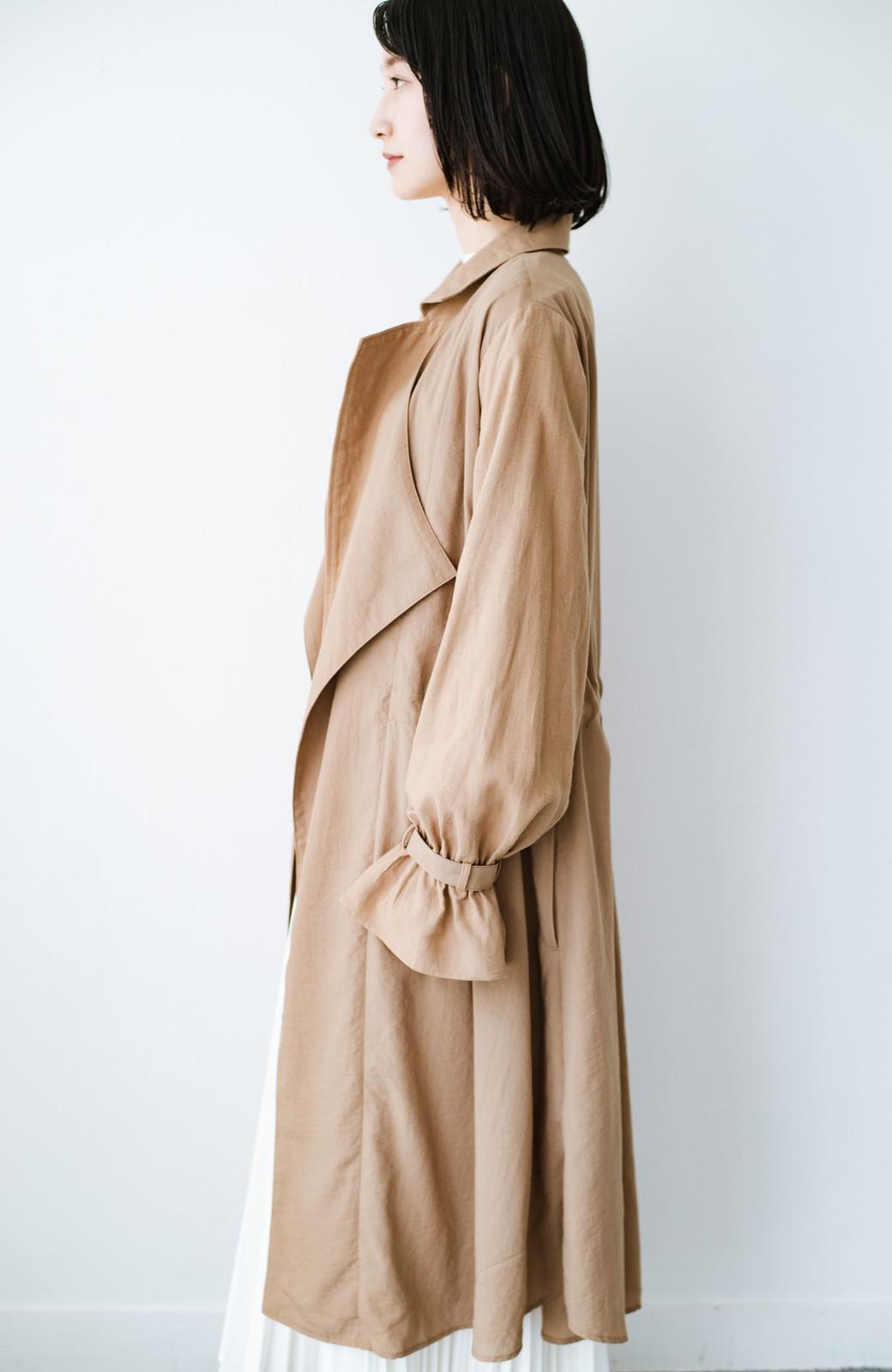haco! パッと羽織るだけで今っぽ&女っぽが叶う 異素材づかいのロングコート <ベージュ>の商品写真15
