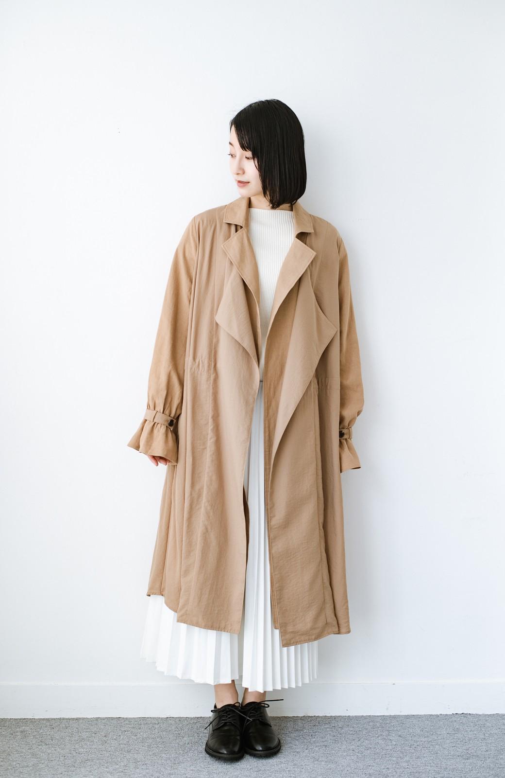 haco! パッと羽織るだけで今っぽ&女っぽが叶う 異素材づかいのロングコート <ベージュ>の商品写真6