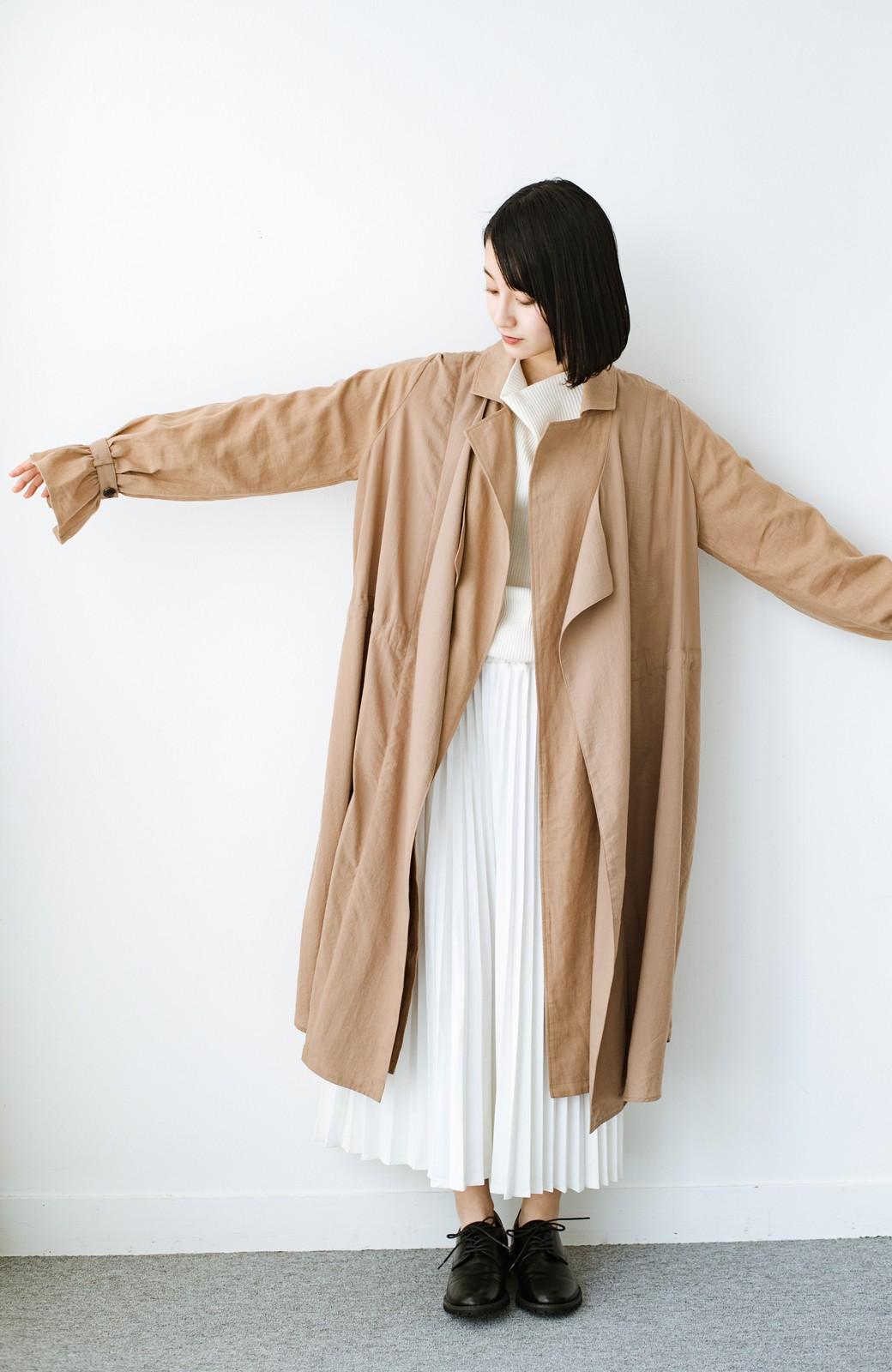 haco! パッと羽織るだけで今っぽ&女っぽが叶う 異素材づかいのロングコート <ベージュ>の商品写真7