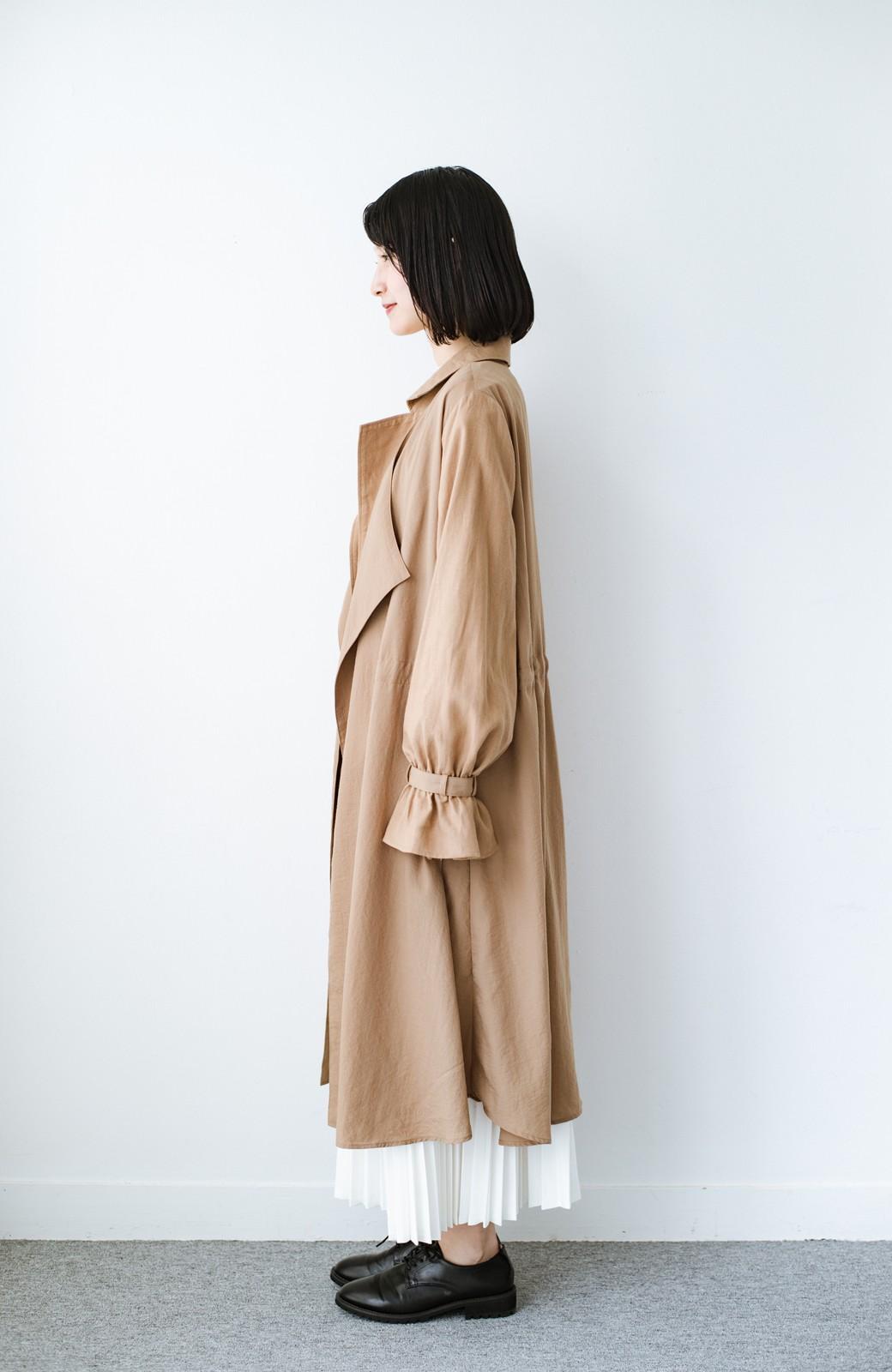 haco! パッと羽織るだけで今っぽ&女っぽが叶う 異素材づかいのロングコート <ベージュ>の商品写真8