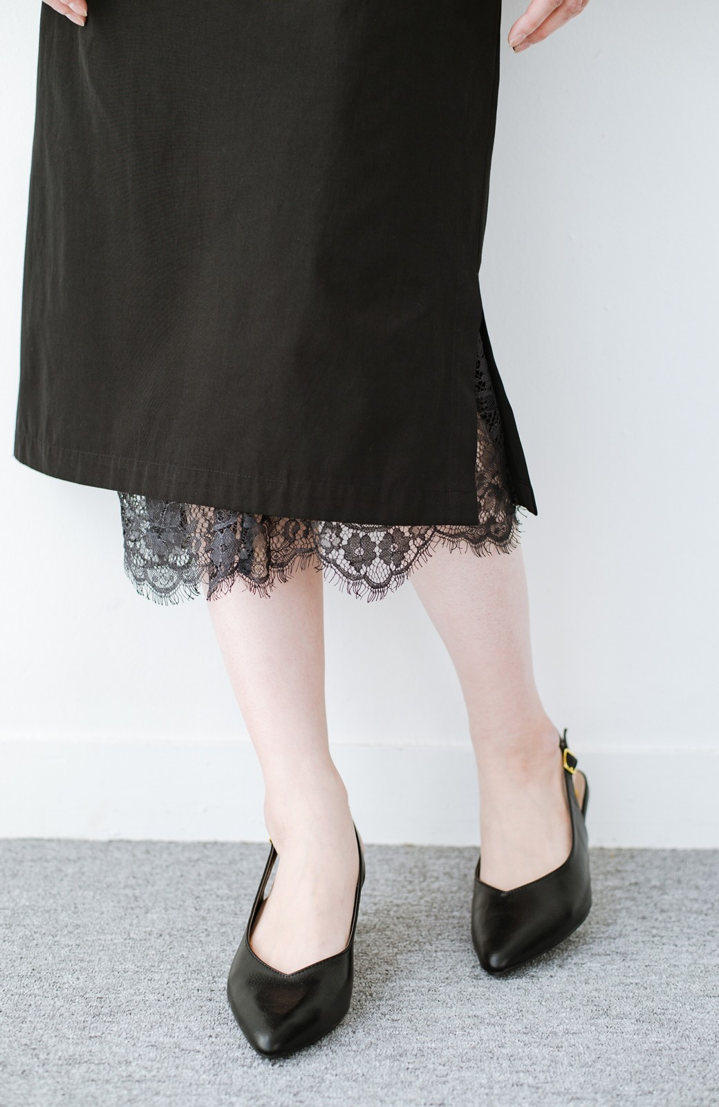 haco! はくだけで華やかなきれいシルエットの重ねタイトスカート by MAKORI <ブラック>の商品写真7