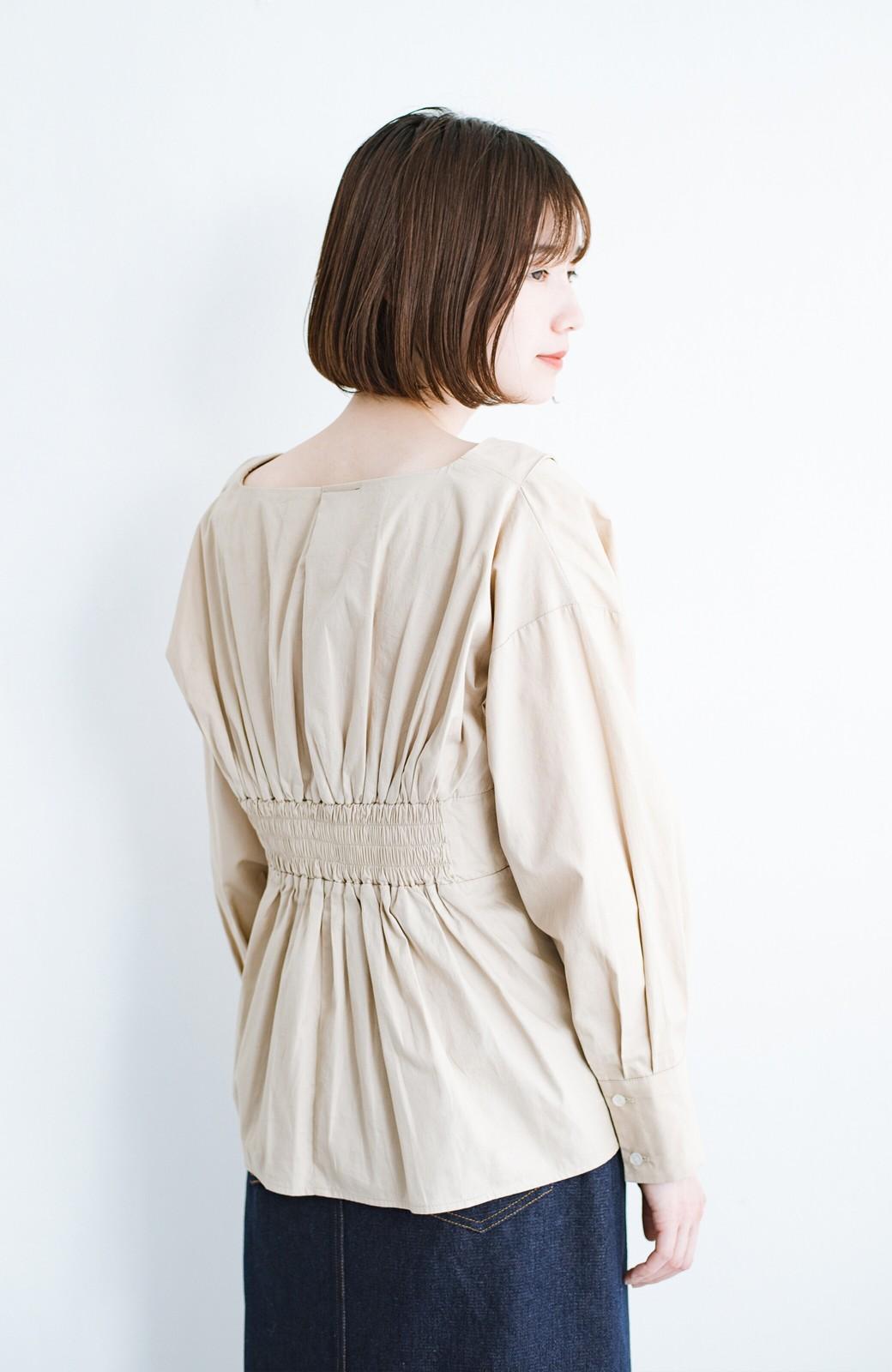 haco! パッと着るだけで今っぽ&女っぽが叶う プルオーバーブラウス <ベージュ>の商品写真3