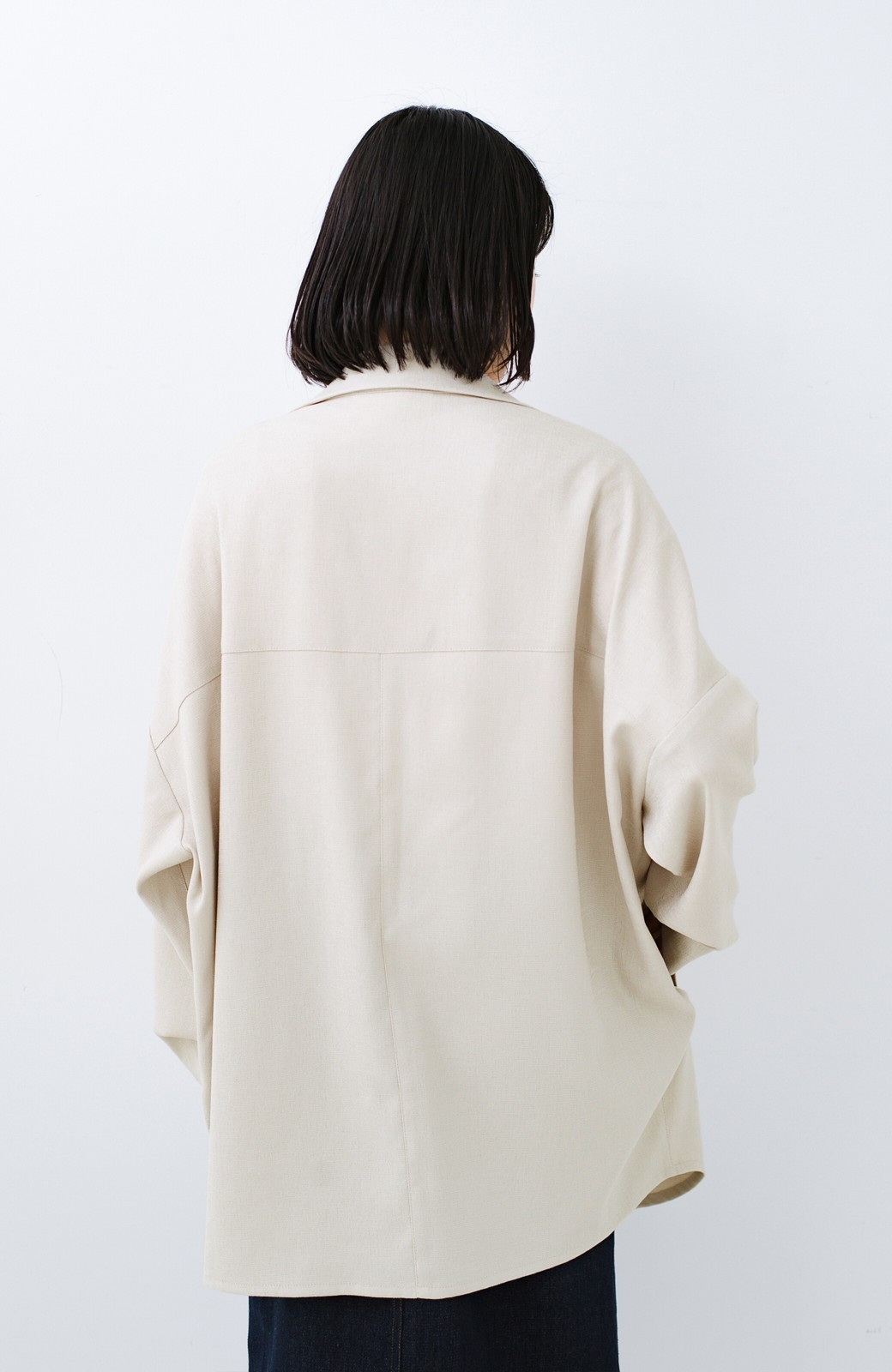haco! いつものスタイルに羽織るだけで今気分が叶う 麻調トレンチジャケット <ライトベージュ>の商品写真14