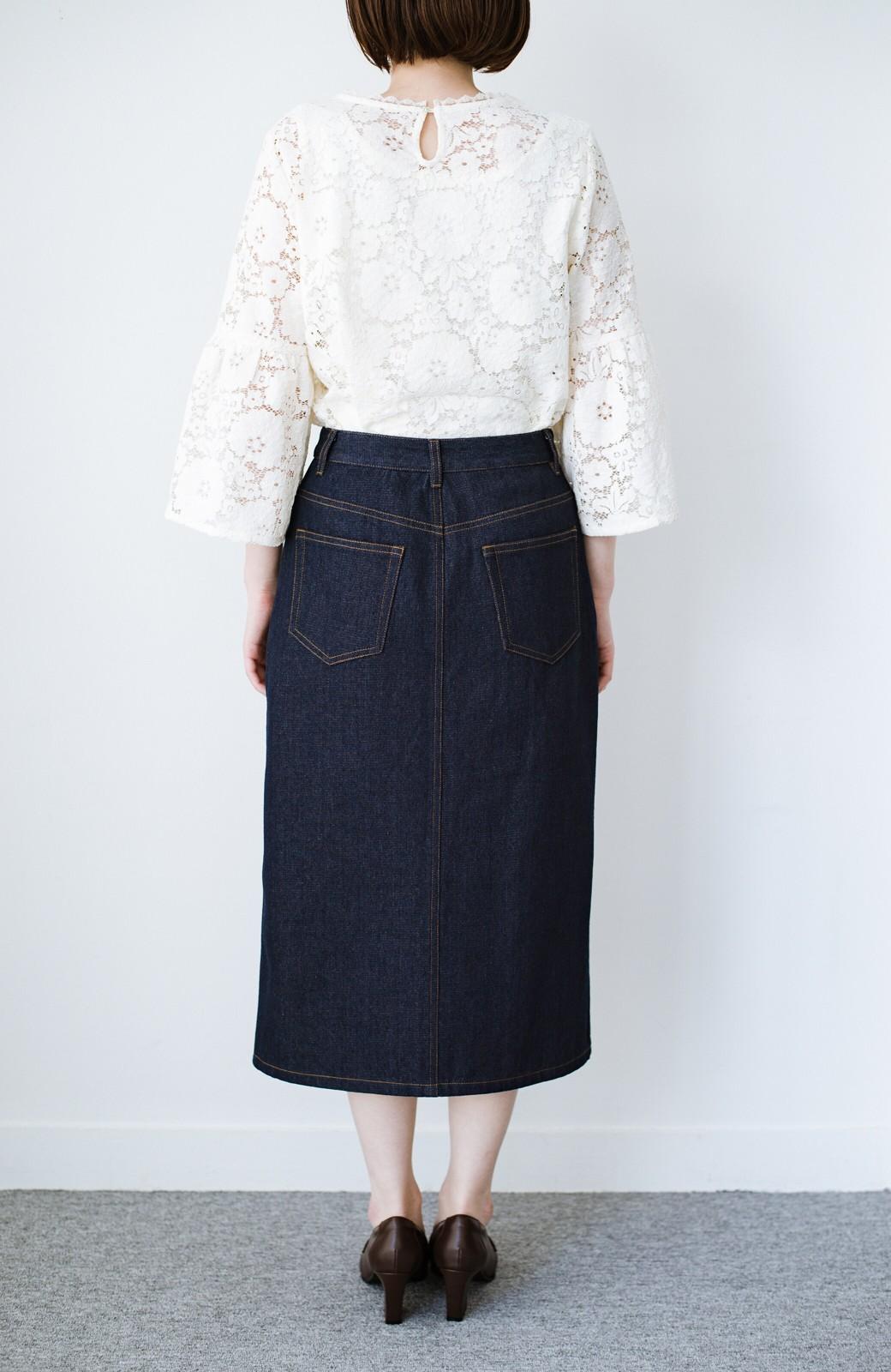 haco! 大人のためのIラインシルエットのデニムタイトスカート by que made me <インディゴブルー>の商品写真14