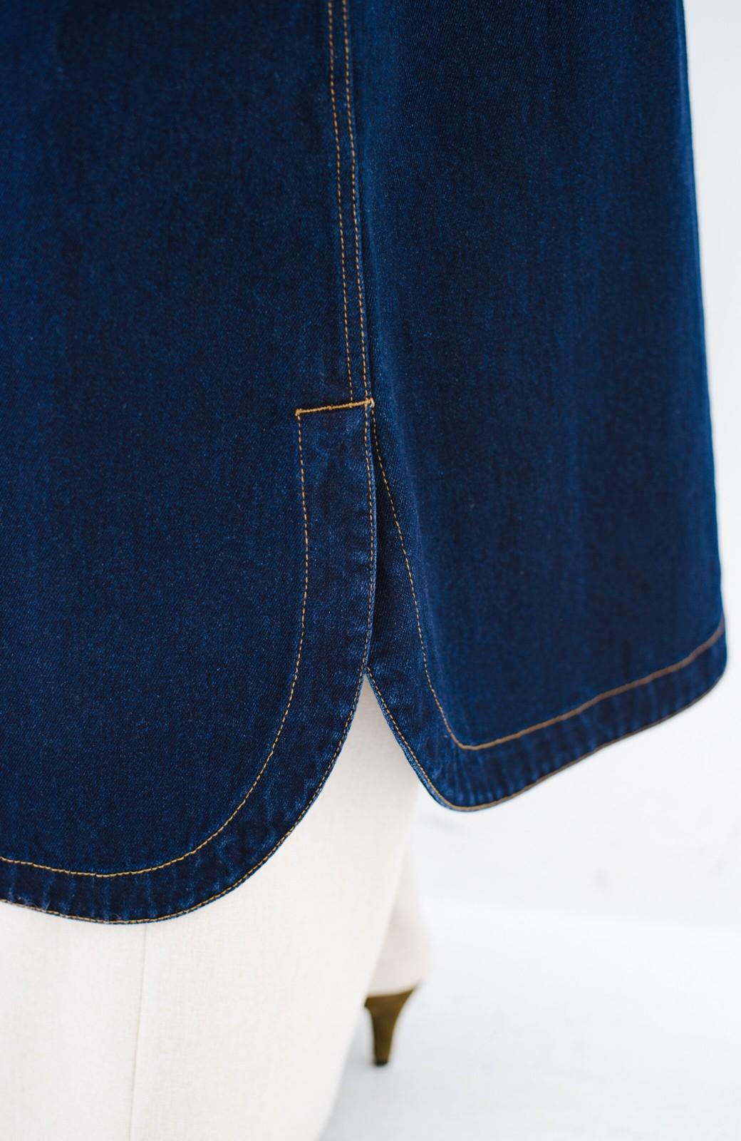 haco! ワンピースとしても楽しめるきれいめロングデニムジャケット <インディゴブルー>の商品写真5