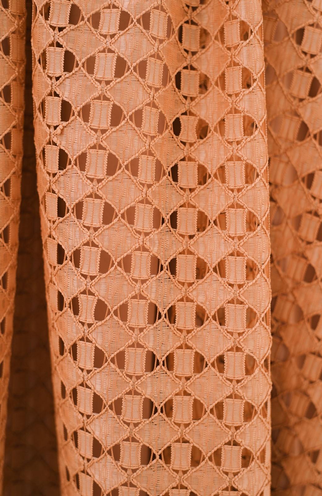 haco! 【洗濯機洗いOK】華やぎコーデを完成させる スクエアレースのカラーロングスカート <オレンジ>の商品写真7