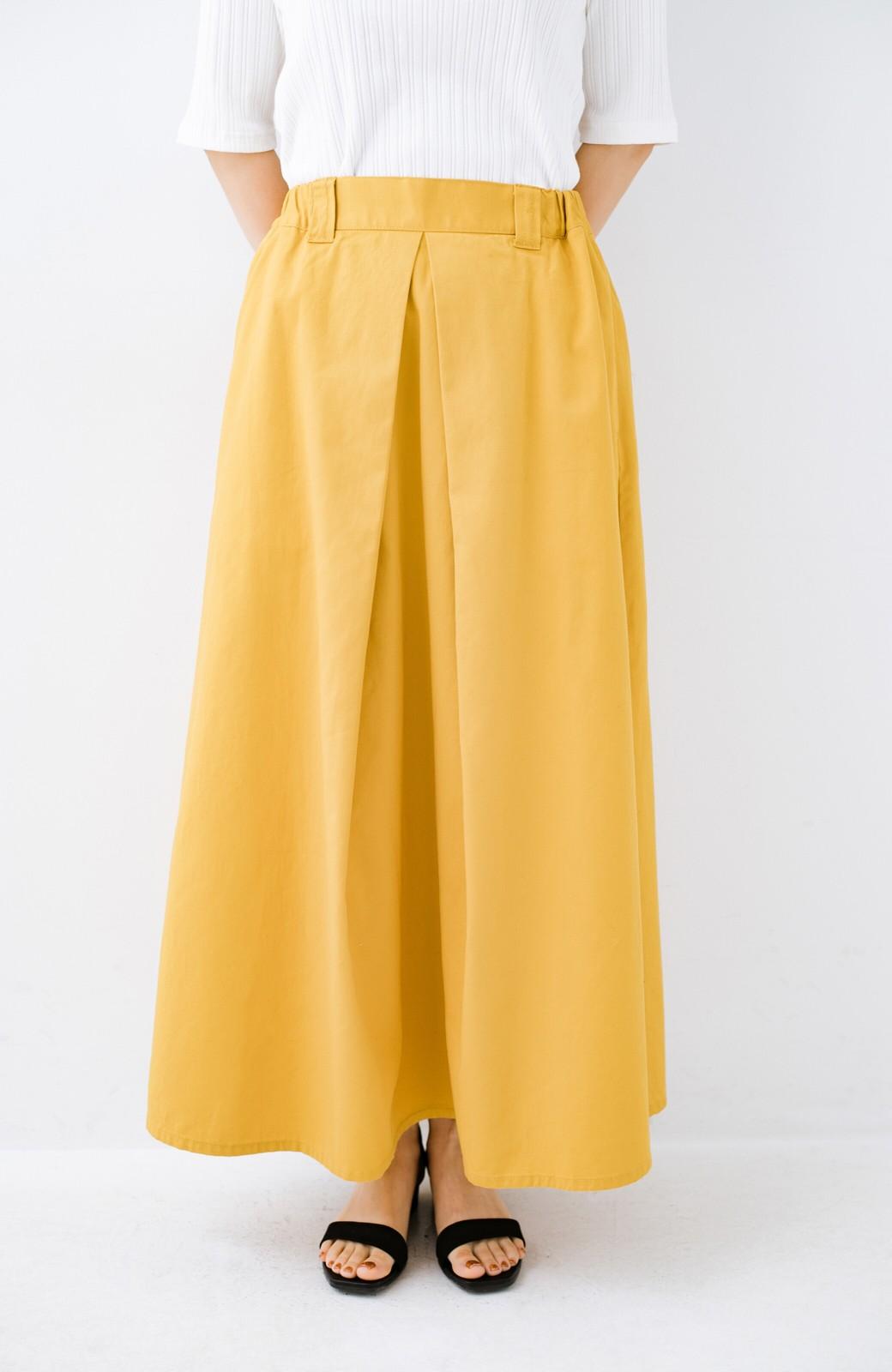 haco! ロングシーズン楽しめる タックボリュームのチノロングスカート <イエロー>の商品写真6