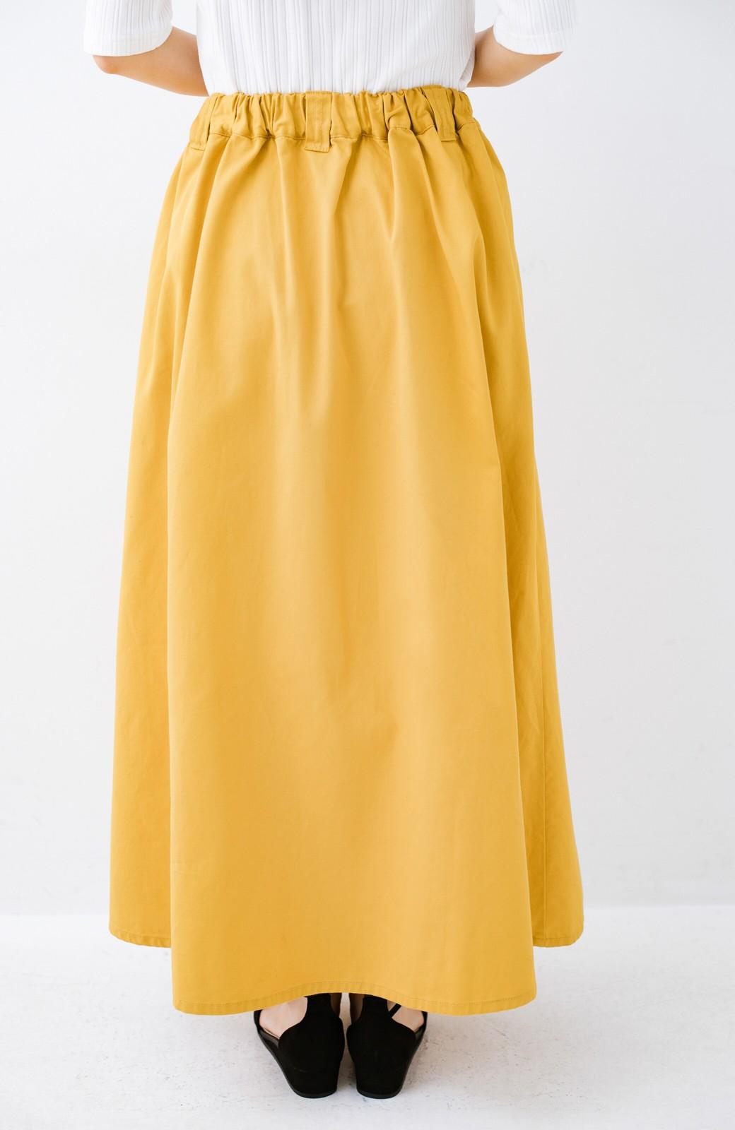 haco! ロングシーズン楽しめる タックボリュームのチノロングスカート <イエロー>の商品写真8