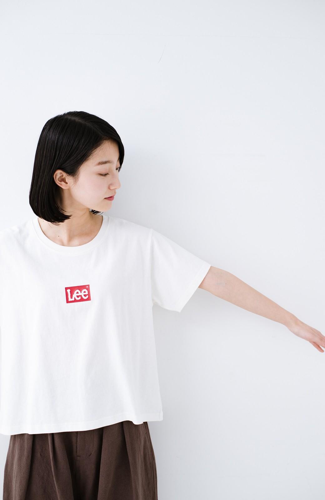 haco! 別注Lee ほどよいゆとりシルエットのボックスロゴTシャツ <ホワイト×レッド>の商品写真8