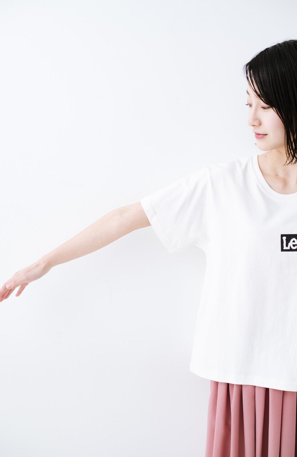 haco! 別注Lee ほどよいゆとりシルエットのボックスロゴTシャツ <ホワイト×ブラック>の商品写真7