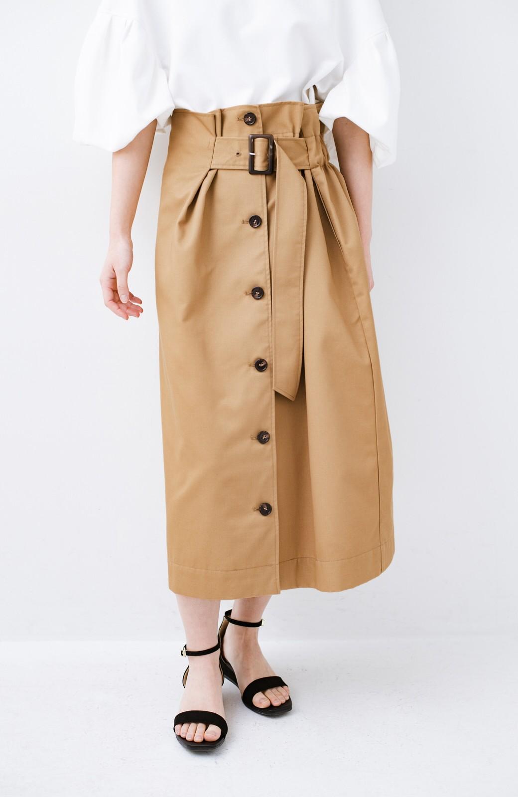 haco! シンプルトップスに合わせても素敵に見える 女っぽフレアーロングスカート <ベージュ>の商品写真1