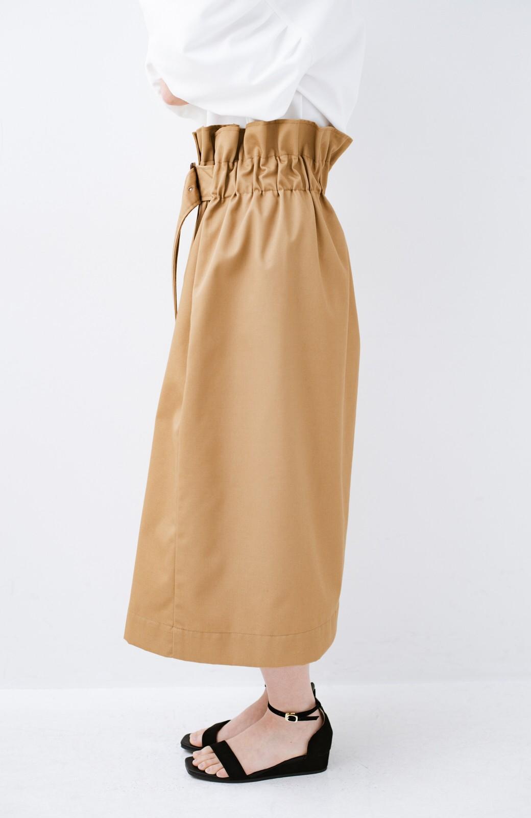 haco! シンプルトップスに合わせても素敵に見える 女っぽフレアーロングスカート <ベージュ>の商品写真5