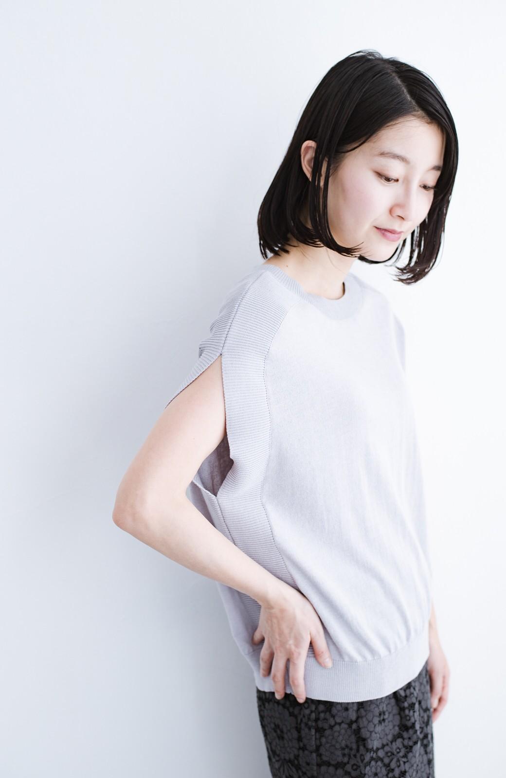 haco! カットソー感覚で着られる 洗えるオトナニットトップス by MAKORI <ライトグレー>の商品写真8
