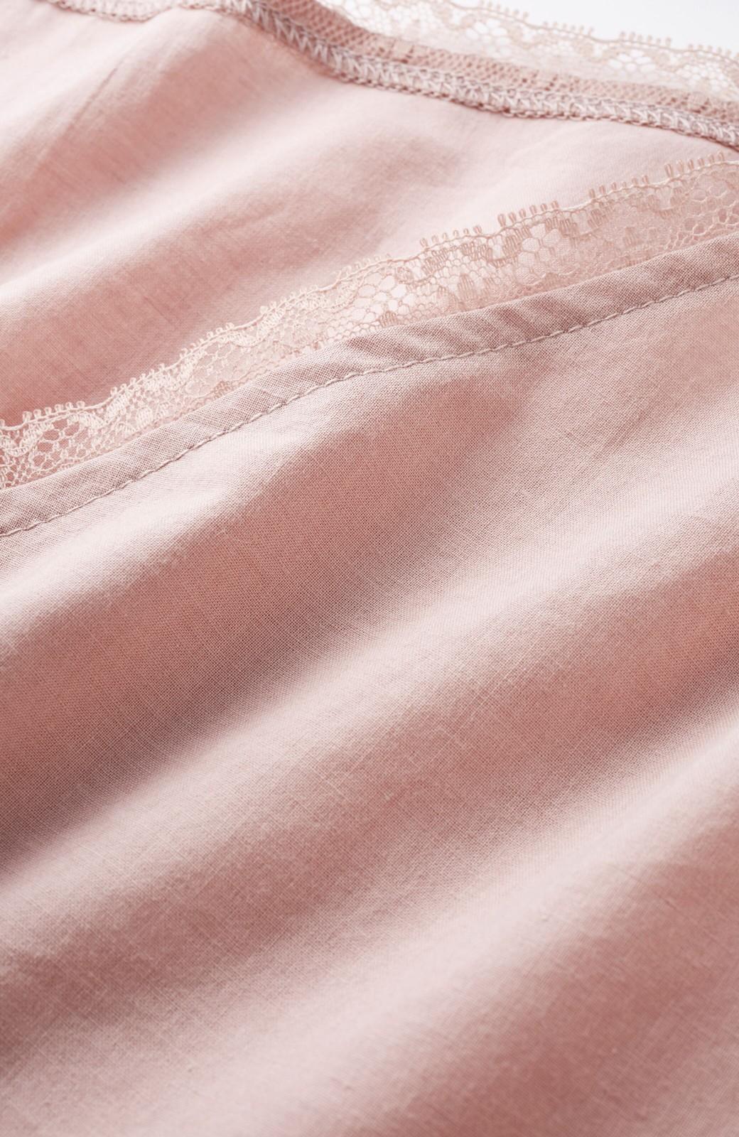 haco! ふんわりシルエットで女っぽ レース&異素材づかいブラウス <ピンク>の商品写真3