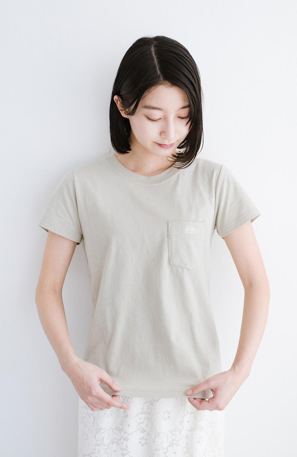 haco! Lady Lee ポケット付きコンパクトフィットTシャツ <ベージュ>の商品写真4