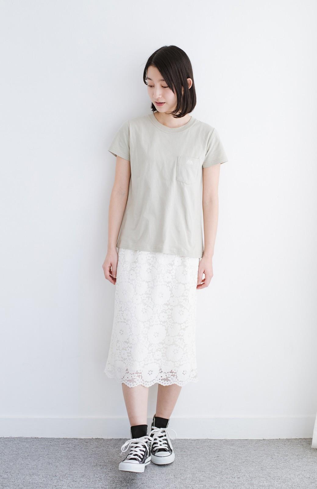 haco! Lady Lee ポケット付きコンパクトフィットTシャツ <ベージュ>の商品写真3