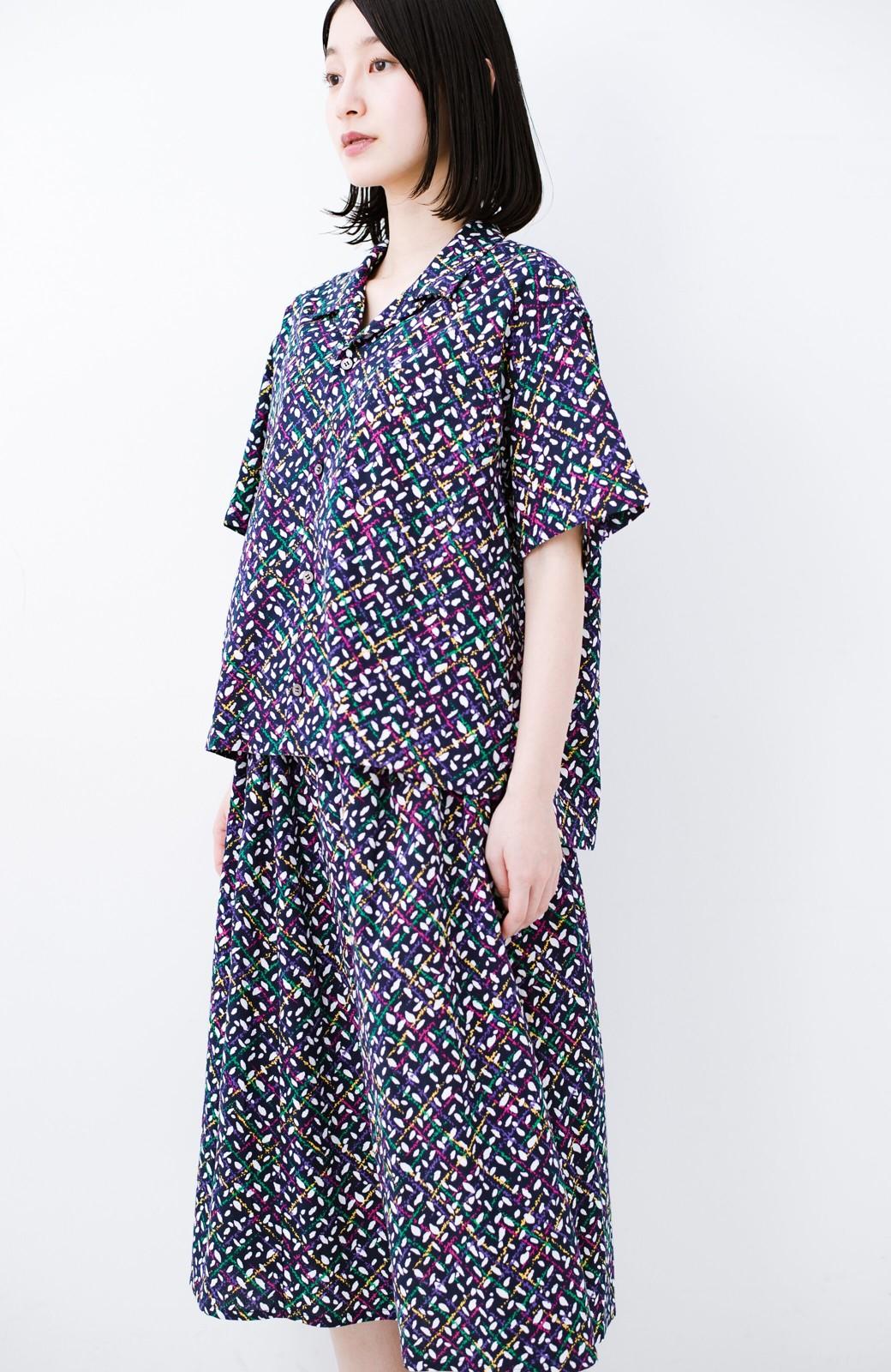 haco! 【今年も再販!】京都の浴衣屋さんと作った浴衣生地のシャツ <ネイビー>の商品写真18