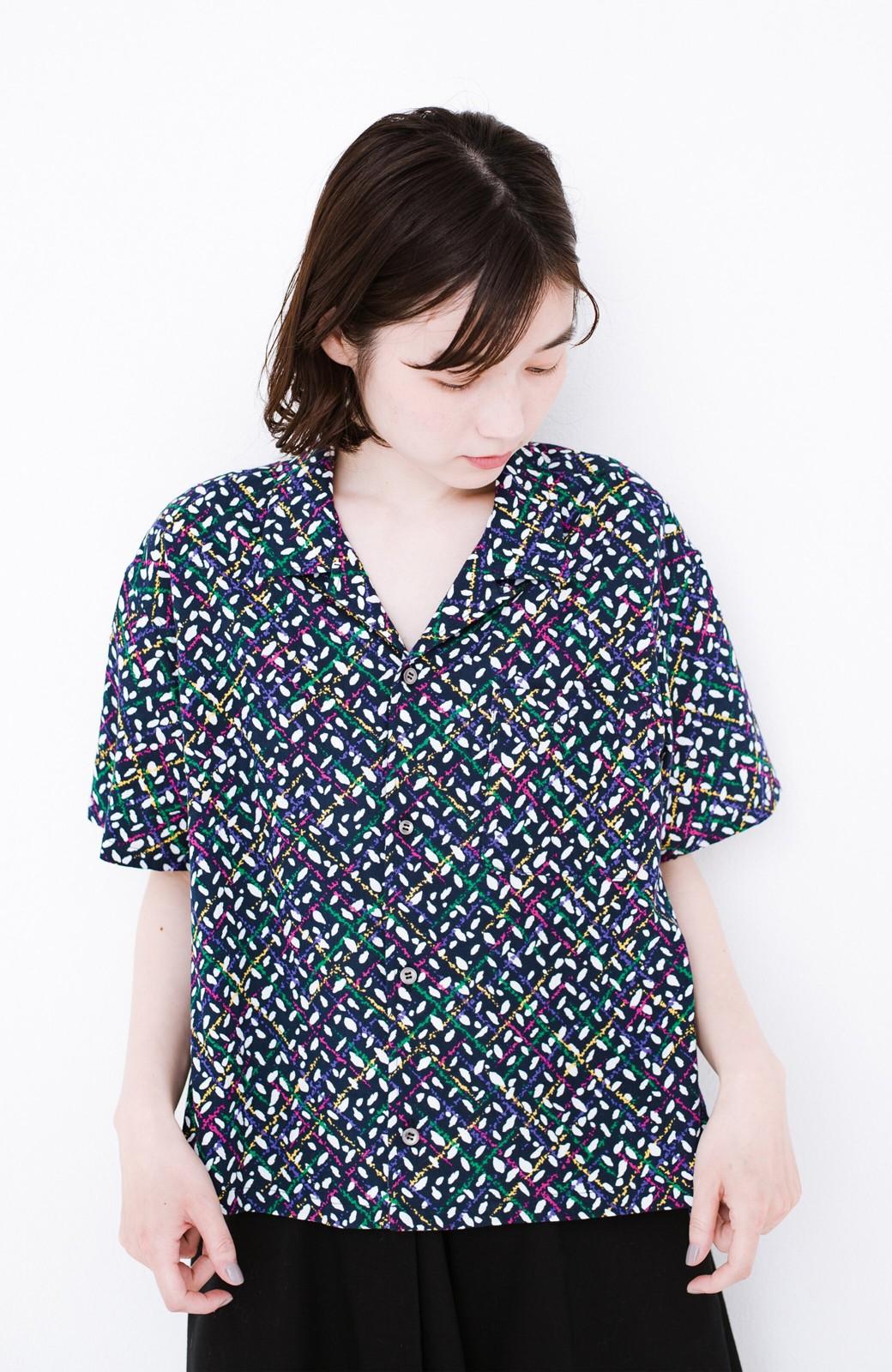 haco! 【今年も再販!】京都の浴衣屋さんと作った浴衣生地のシャツ <ネイビー>の商品写真10