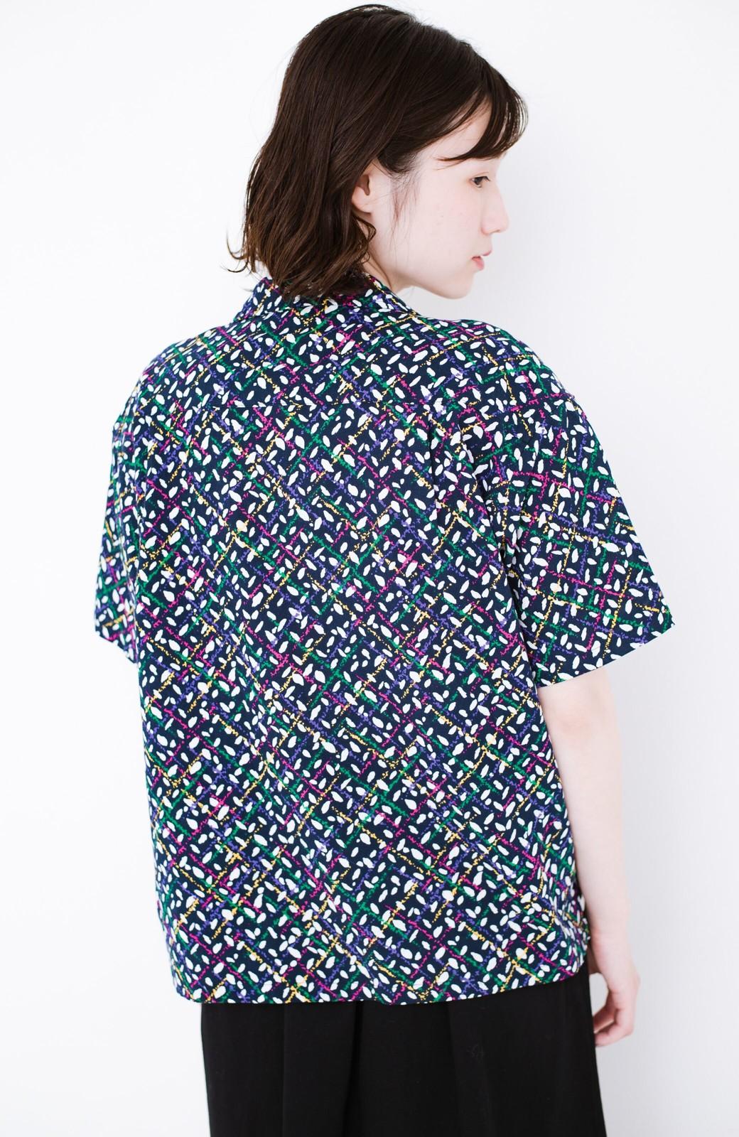 haco! 【今年も再販!】京都の浴衣屋さんと作った浴衣生地のシャツ <ネイビー>の商品写真13