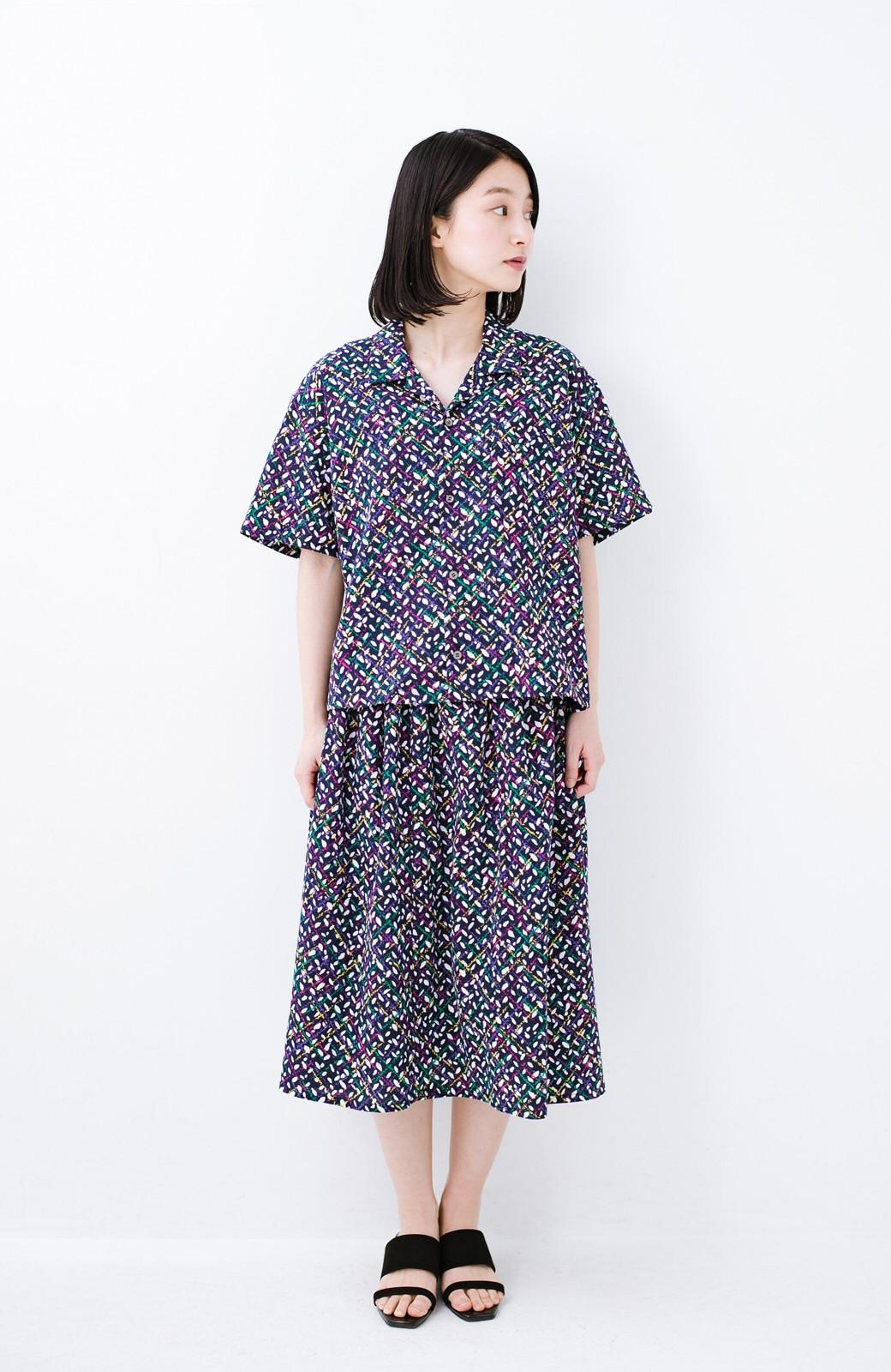 haco! 【今年も再販!】京都の浴衣屋さんと作った浴衣生地のシャツ <ネイビー>の商品写真14