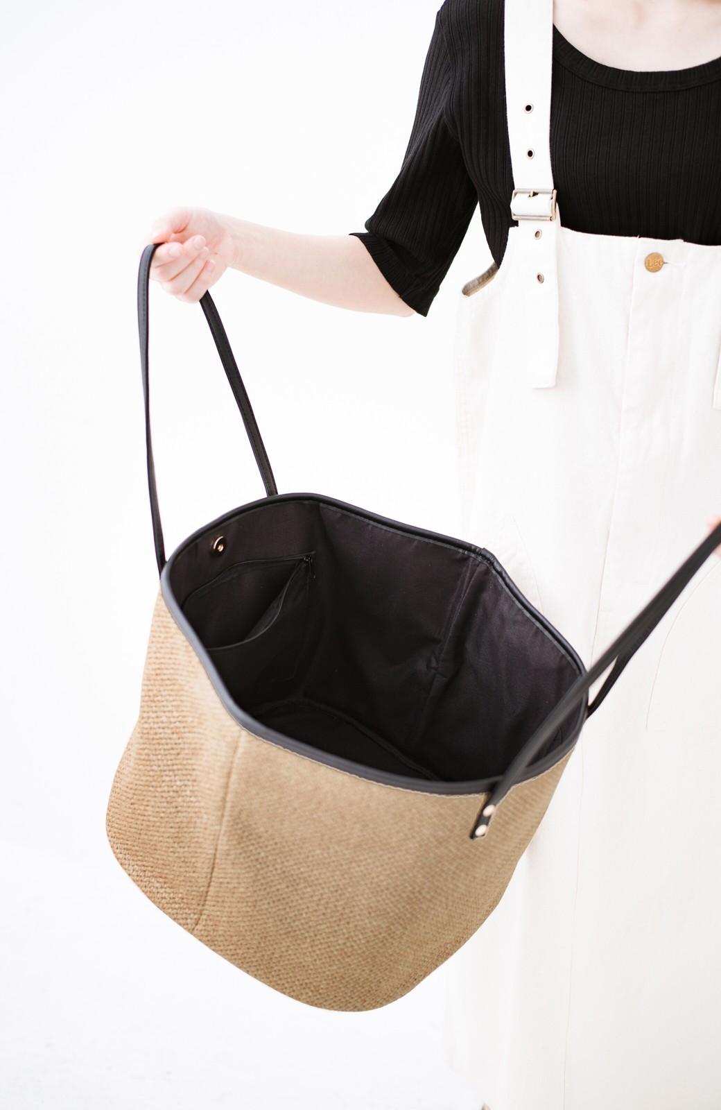 haco! ピクニックにも毎日のおともにも ざっくり入って便利な大きめトートバッグ <ブラック>の商品写真3