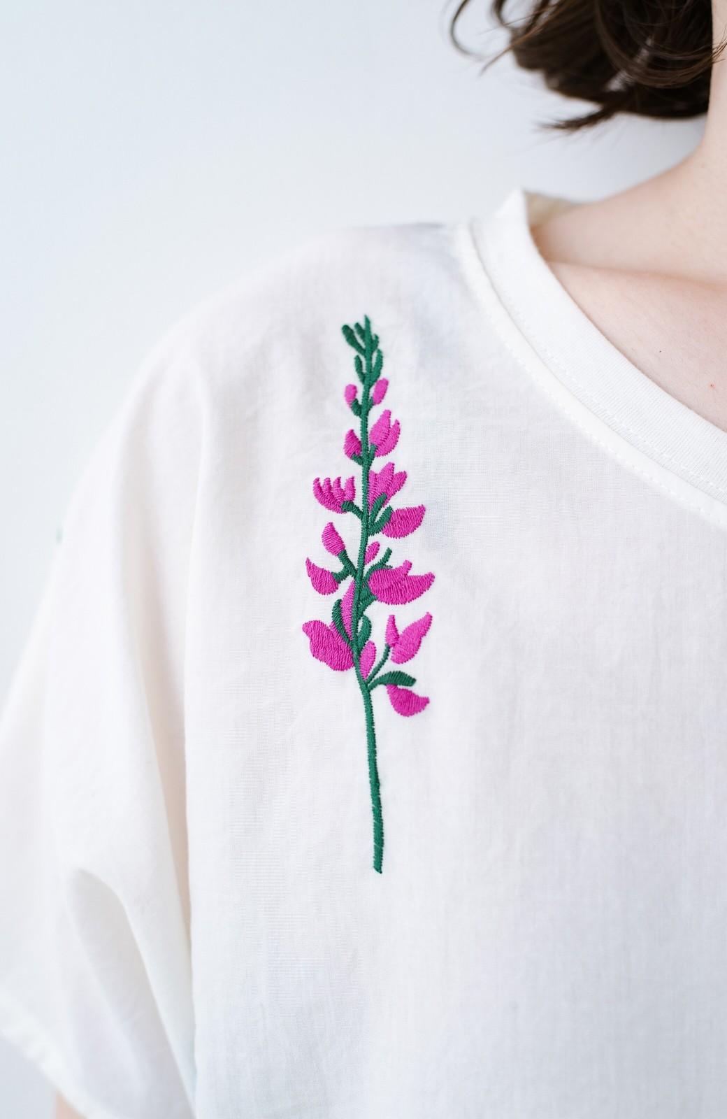 haco! LITTLE MARKET フレンチスリーブ刺繍プルオーバー <アイボリー>の商品写真2